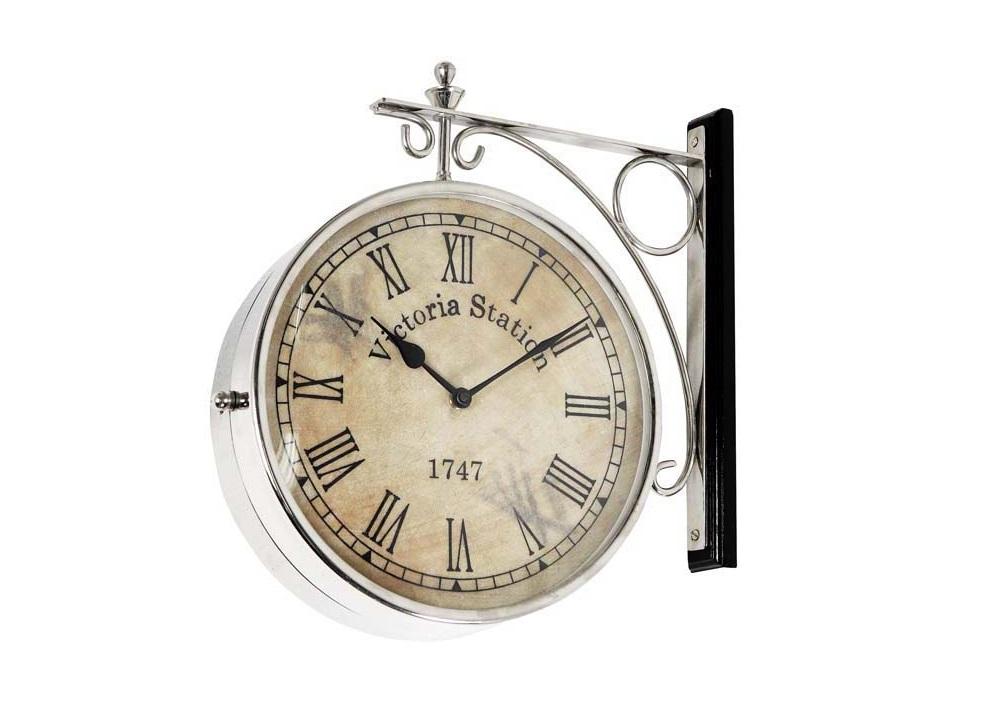 ЧасыНастенные часы<br>Clock Station - часы настенные. Цвет металла - никель. Крепежное основание дерево под черным лаком.&amp;amp;nbsp;&amp;lt;span style=&amp;quot;font-size: 14px;&amp;quot;&amp;gt;Кварцевый механизм.&amp;lt;/span&amp;gt;<br><br>Material: Металл<br>Height см: 28<br>Diameter см: 28
