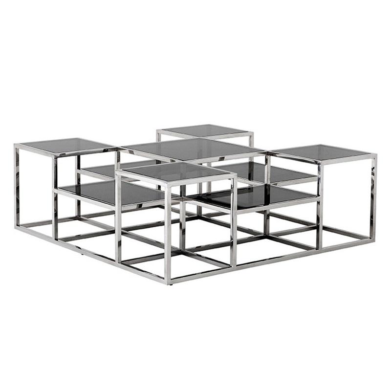 Журнальный столикЖурнальные столики<br>Журнальный столик Coffee Table Smythson на основании из нержавеющей стали. Полки выполнены из плотного стекла дымчатого цвета.<br><br>Material: Стекло<br>Width см: 120<br>Depth см: 120<br>Height см: 42