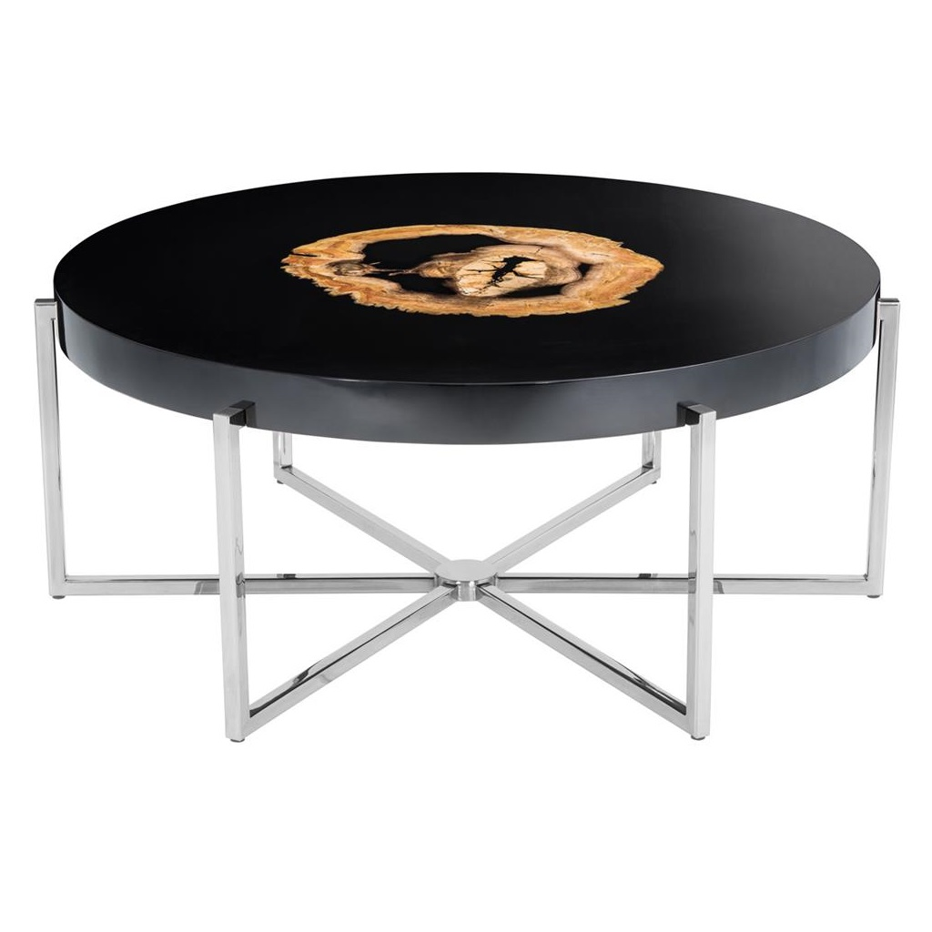 Журнальный столикЖурнальные столики<br>Журнальный столик Coffee Table Pompidou на металлическом основании цвета никель. Оригинальная столешница из окаменелой породы древесины. Каждый элемент окаменевшего дерева является уникальным, вы не найдете двух одинаковых столешниц по цвету или форме. Поверхность стола черная глянцевая.<br><br>Material: Дерево<br>Ширина см: 91.0<br>Высота см: 39.0<br>Глубина см: 91.0