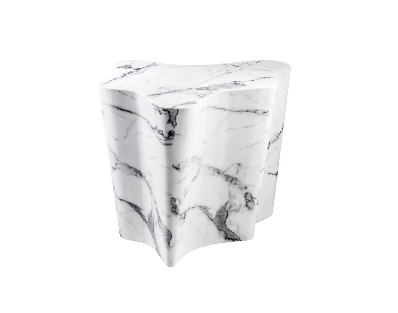 СтолПриставные столики<br>Столик Side Table Sceptre с имитацией мрамора глянцевого белого цвета.<br><br>Material: Мрамор<br>Width см: 68<br>Depth см: 62<br>Height см: 56