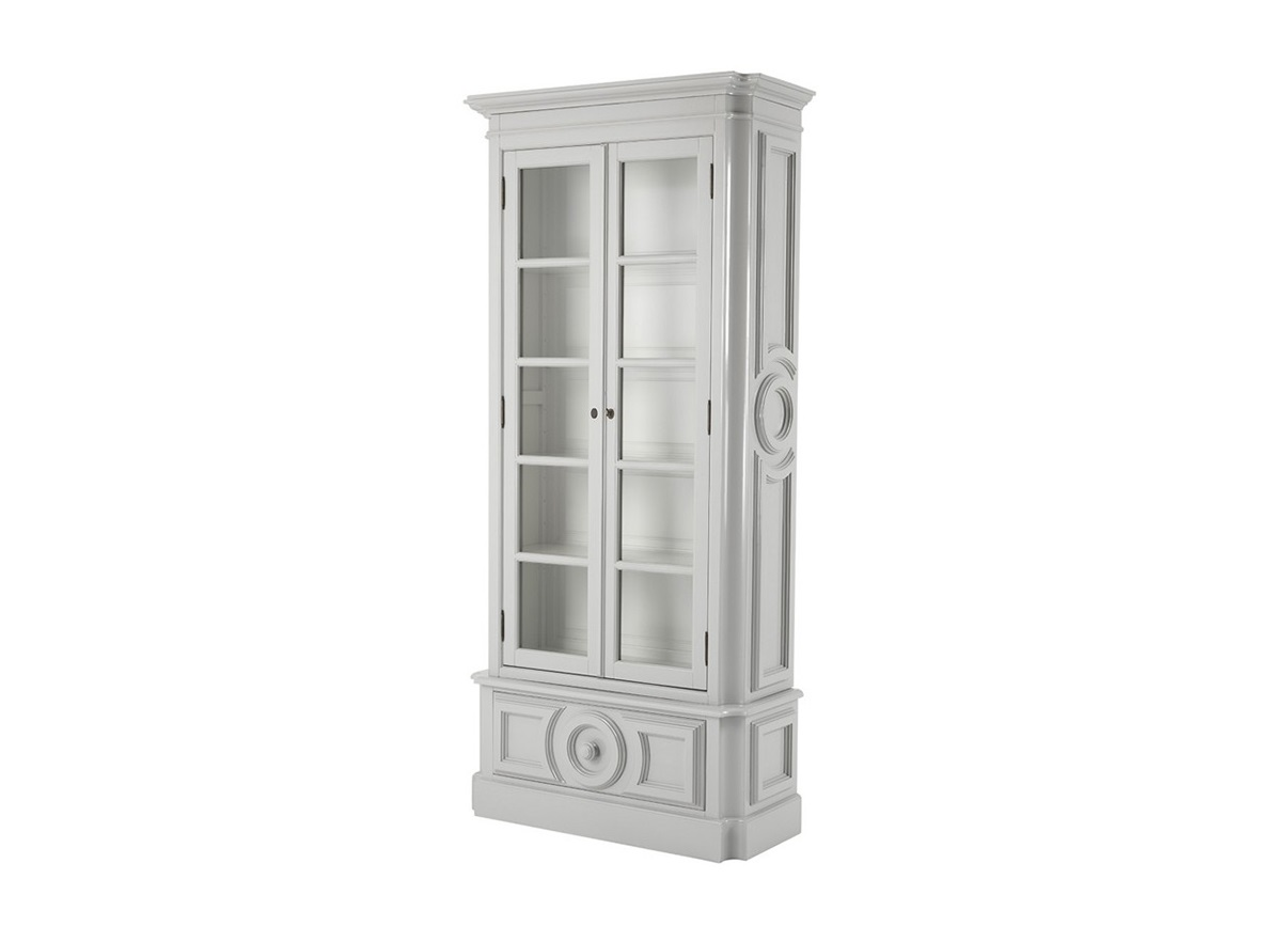 ВитринаВитрины<br>Витрина Cabinet Grand Royales выполнена из дерева серого цвета. Внутри витрина белого цвета. Стеклянные створки.<br><br>Material: Дерево<br>Width см: 111<br>Depth см: 45<br>Height см: 240