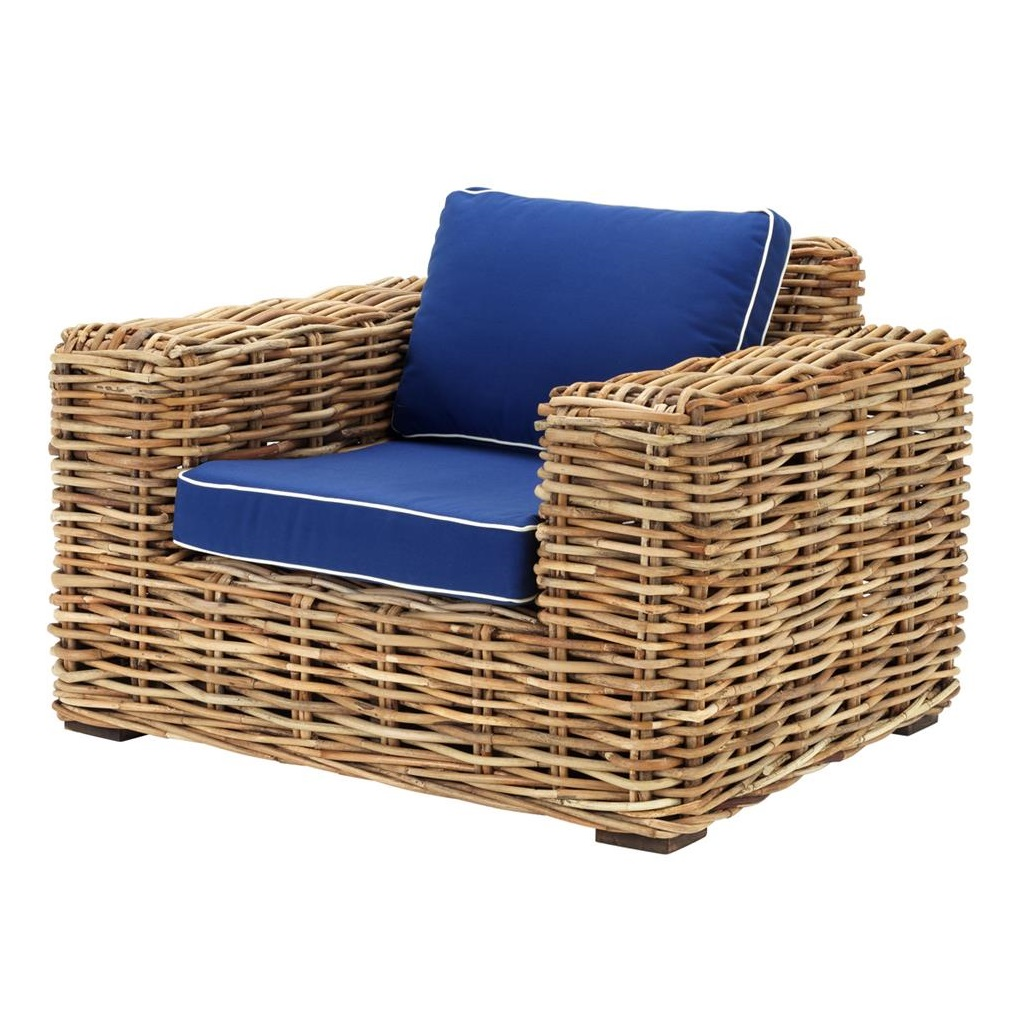 КреслоКресла для улицы<br>Кресло Chair Foster выполнено из натурального ротанга. Мягкая сидушка со спинкой обтянуты тканью синего цвета с белым кантом. Состав: 100% полиэстер.<br><br>Material: Ротанг<br>Width см: 104<br>Depth см: 89<br>Height см: 70