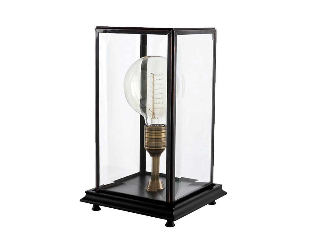 Настольная лампа EastonДекоративные лампы<br>Настольная лампа Easton с оригинальным световым элементом. Основание и каркас цвета состаренной латуни. Плафон выполнен из прозрачного стекла со скошенными краями.&amp;amp;nbsp;&amp;lt;div&amp;gt;&amp;lt;br&amp;gt;&amp;lt;/div&amp;gt;&amp;lt;div&amp;gt;&amp;lt;div&amp;gt;Вид цоколя: E27&amp;lt;/div&amp;gt;&amp;lt;div&amp;gt;Мощность лампы: 40W&amp;lt;/div&amp;gt;&amp;lt;div&amp;gt;Количество ламп: 1&amp;lt;/div&amp;gt;&amp;lt;/div&amp;gt;&amp;lt;div&amp;gt;&amp;lt;br&amp;gt;&amp;lt;/div&amp;gt;&amp;lt;div&amp;gt;Лампочка в комплект не входит.&amp;lt;/div&amp;gt;<br><br>Material: Металл<br>Ширина см: 22<br>Высота см: 37.0<br>Глубина см: 22