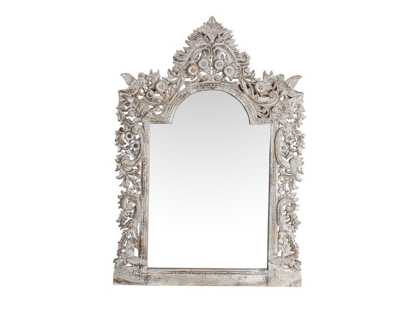 Зеркало EdemНастенные зеркала<br>Зеркало настенное в деревянной резной раме.<br><br>Material: Дерево<br>Ширина см: 88<br>Высота см: 125<br>Глубина см: 7