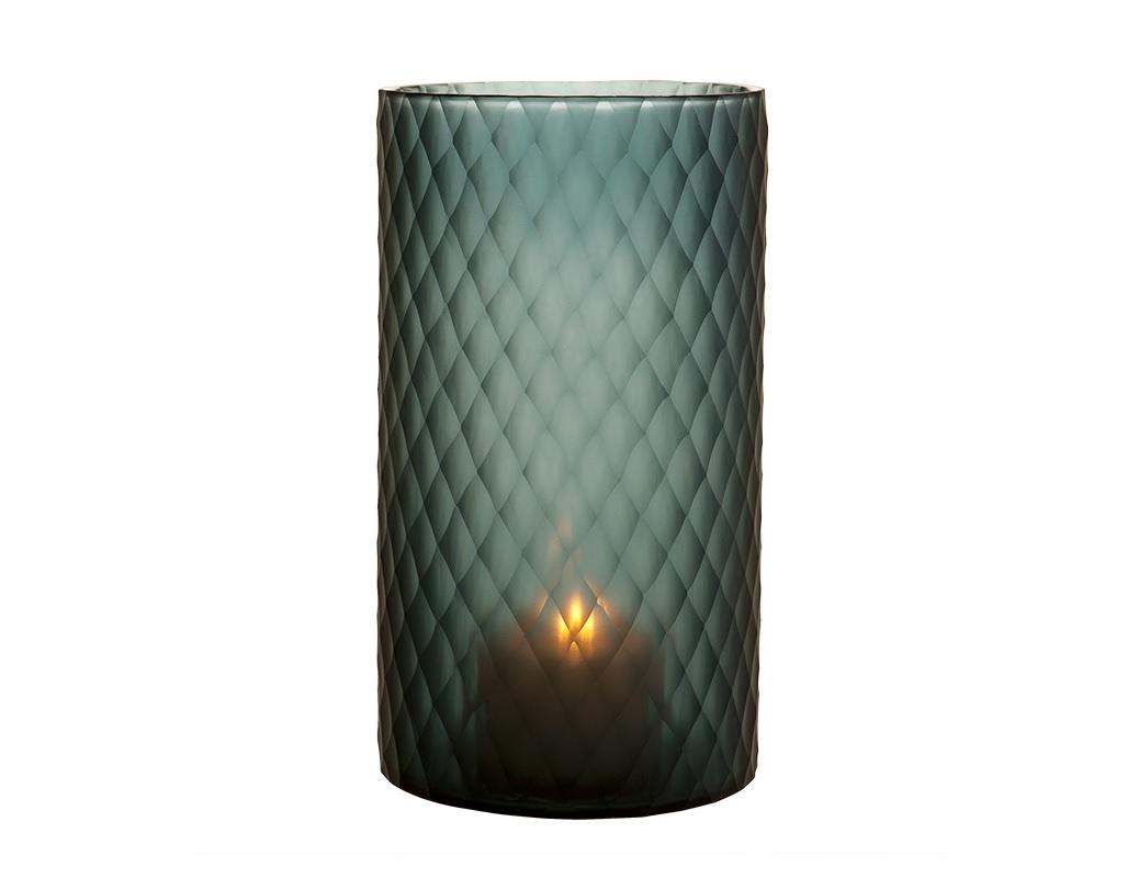 Подсвечник Morton Sapphire Blue LПодсвечники<br>Подсвечник Morton Sapphire Blue L выполнен вручную из стекла темно-синего цвета. На стекле выполнен фигурный орнамент.<br><br>Material: Стекло<br>Ширина см: 20.0<br>Высота см: 36.0<br>Глубина см: 20.0
