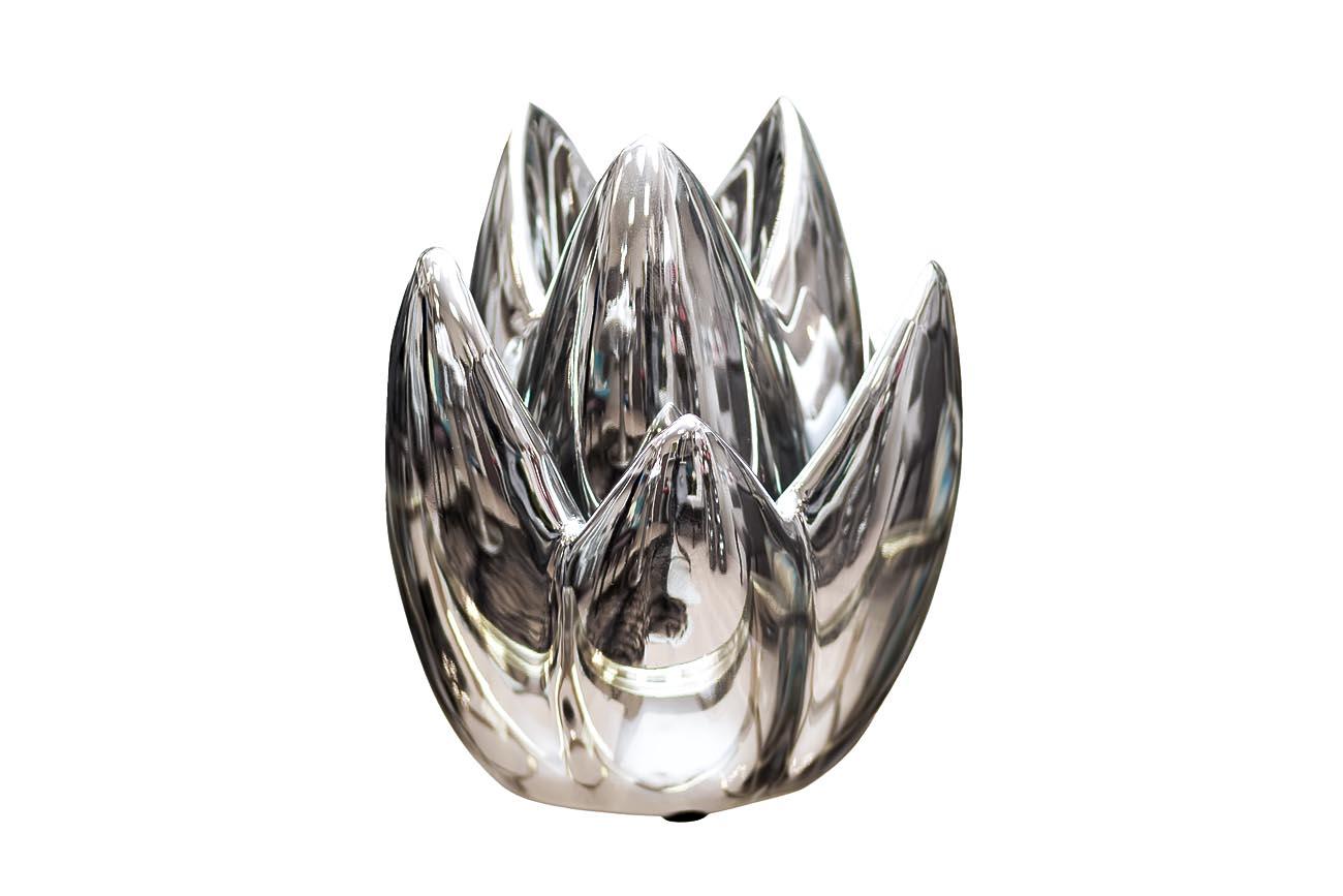 ПодсвечникПодсвечники<br><br><br>Material: Керамика<br>Ширина см: 16<br>Высота см: 24<br>Глубина см: 16