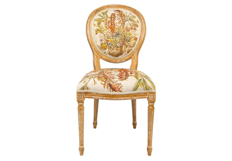 Стул «12 месяцев цветения» версия ЯнварьОбеденные стулья<br>Дворцовый силуэт стула «12 месяцев цветения», версия Январь,  французской эпохи Луи-Филиппа органично сочетается с фламандским натюрмортом XVIII века. Январский букет составил 33 цветка, в том числе цикламена, алоэ, подснежник, чабрец, кампанула, бархатная фиалка, анемона, жасмин, комнатный лимон. Цветочные гравюры полностью опоясывают обивку, включая оборотную сторону спинки. Корпус стула изготовлен из натурального бука. Обивка оснащена тефлоновым покрытием против пятен.&amp;lt;div&amp;gt;&amp;lt;br&amp;gt;&amp;lt;/div&amp;gt;&amp;lt;div&amp;gt;Материал: каркас - бук, обивка - 20% лен, 80% полиэстер&amp;lt;br&amp;gt;&amp;lt;/div&amp;gt;<br><br>Material: Бук<br>Width см: 62<br>Depth см: 50<br>Height см: 101