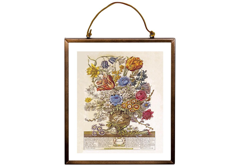 Репродукция «12 месяцев цветения» версия МартКартины<br>Четкая геометрическая форма - гармония репродукции «12 месяцев цветения», версия Март, в современных интерьерах, насыщенных цифровой техникой и модными гаджетами. Прозрачная рама выгодно подчеркнет и цветные обои, и однотонные стены. Сдержанный шоколадный цвет заведомо гармоничен любому интерьерному фону.  Букет марта объединил 34 цветущих растения, включая 7 разновидностей примулы, 3 - гиацинта, по 2 сорта тюльпана и нарцисса, бархатный ирис, белый миндаль.&amp;lt;div&amp;gt;&amp;lt;br&amp;gt;&amp;lt;/div&amp;gt;&amp;lt;div&amp;gt;&amp;lt;div&amp;gt;Материал: рама - латунь; двухстороннее защитное стекло; подвесная струна - натуральная кожа; изображение - дизайнерская бумага&amp;lt;/div&amp;gt;&amp;lt;/div&amp;gt;&amp;lt;div&amp;gt;&amp;lt;br&amp;gt;&amp;lt;/div&amp;gt;<br><br>Material: Латунь<br>Width см: 27<br>Depth см: 1<br>Height см: 31