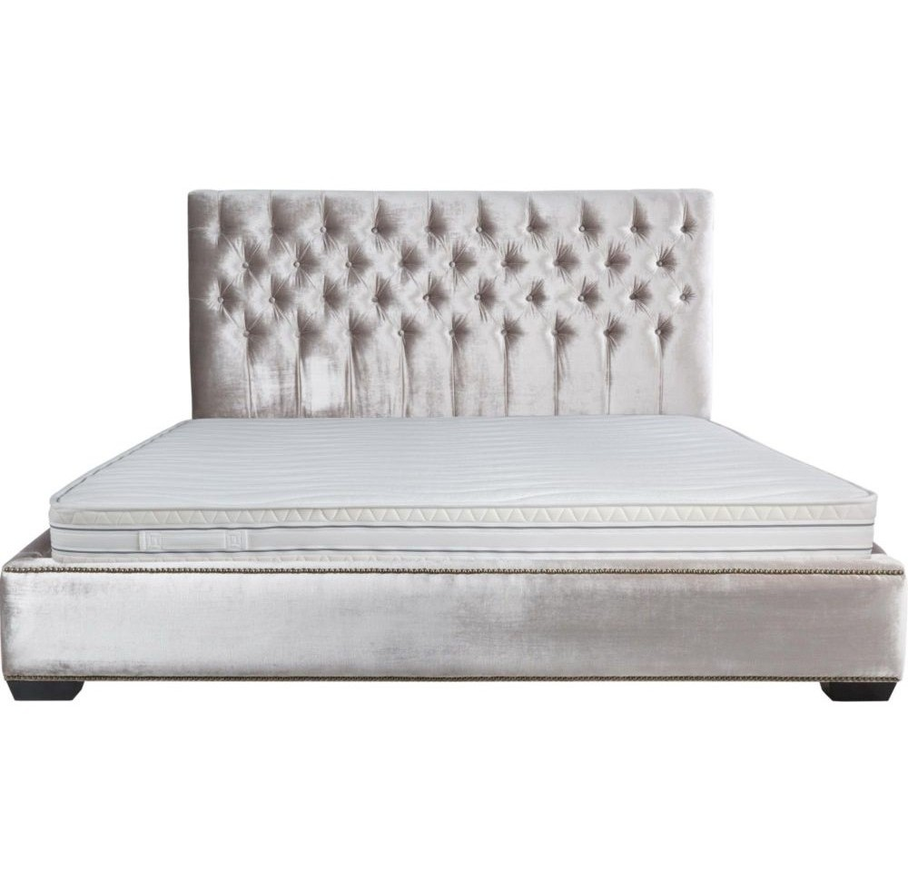 КроватьКровати с мягким изголовьем<br>Размер матраса: 180*200<br><br>Material: Текстиль