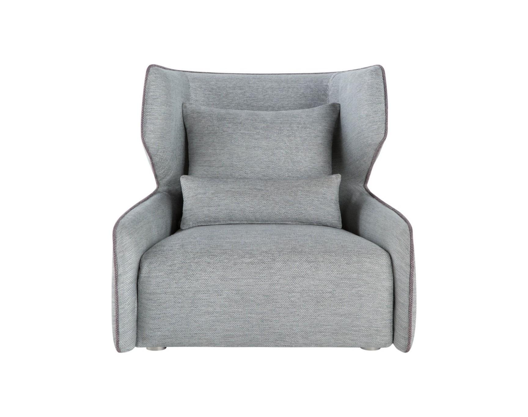 Кресло Mia paleИнтерьерные кресла<br>Если Вы любите смешивать стили и не боитесь смелых дизайнерских решений, это кресло – прекрасный повод заявить об этом. Декорированное по бокам контрастной тканью, в тон длинному валику и подушкам, оно будет великолепно в изысканном, тщательно продуманном интерьере. И пусть Вас не смущает светлая обивка внутренней части – современный, водоотталкивающий материал позволит креслу Mia прослужить Вам долго. Просто подберите подходящую Вам цветовую гамму.<br><br>Material: Текстиль<br>Width см: 93<br>Depth см: 102<br>Height см: 91