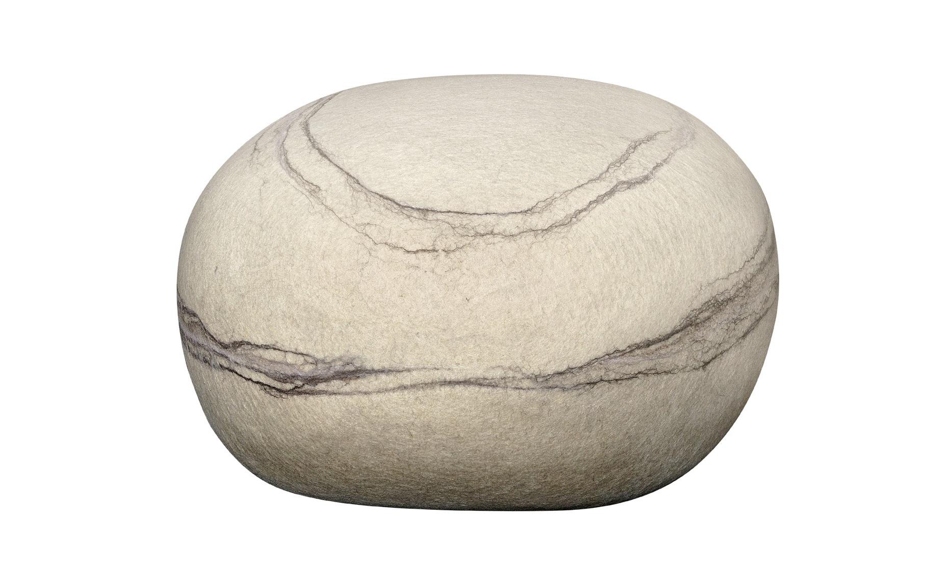 ПуфБесформенные пуфы<br>Пуф-камень, изготовлен в ручную. <br>Внешний материал100% шерсть мериноса.<br>Каждый камень оригинален и неповторим, точно так же как нет двух одинаковых камней в природе.  <br>Пуф-камень прекрасно дополнит атмосферу вашего дома, вне зависимости в каком стиле выполнено пространство.<br>Пуф-камень очень нравится детям, в детской комнате он станет любимым предметом интерьера.<br>Пуф-камень не только интерьерное изделие, он функционален и долговечен при использовании по назначению.<br><br>Material: Шерсть<br>Length см: None<br>Width см: 63<br>Depth см: 54<br>Height см: 39