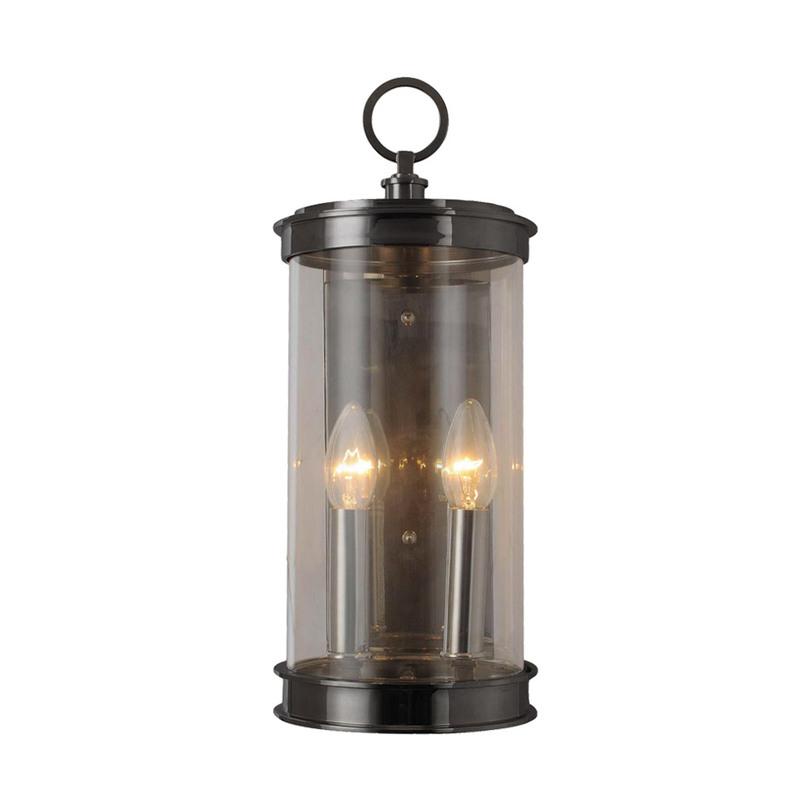 Бра SN001-2-BBZБра<br>Вас завораживает убранство богатых домов XIX столетия. Желаете привнести частичку этой удивительной эпохи и в свой дом? Это будет легко сделать с лампой от дизайнеров Gramercy. Напоминающая старые осветительные приборы, работавшие от керосина, она имеет электрический тип питания. За темным стеклом цилиндрической формы она скрывает небольшие лампочки, которые, подобно свечам, озаряют комнату теплым светом.&amp;lt;div&amp;gt;&amp;lt;br&amp;gt;&amp;lt;div&amp;gt;Количество лампочек: 2&amp;lt;/div&amp;gt;&amp;lt;div&amp;gt;Мощность: 40 Вт&amp;lt;/div&amp;gt;&amp;lt;div&amp;gt;Тип цоколя: E14&amp;lt;/div&amp;gt;&amp;lt;/div&amp;gt;<br><br>Material: Металл<br>Width см: 17<br>Depth см: 20<br>Height см: 39