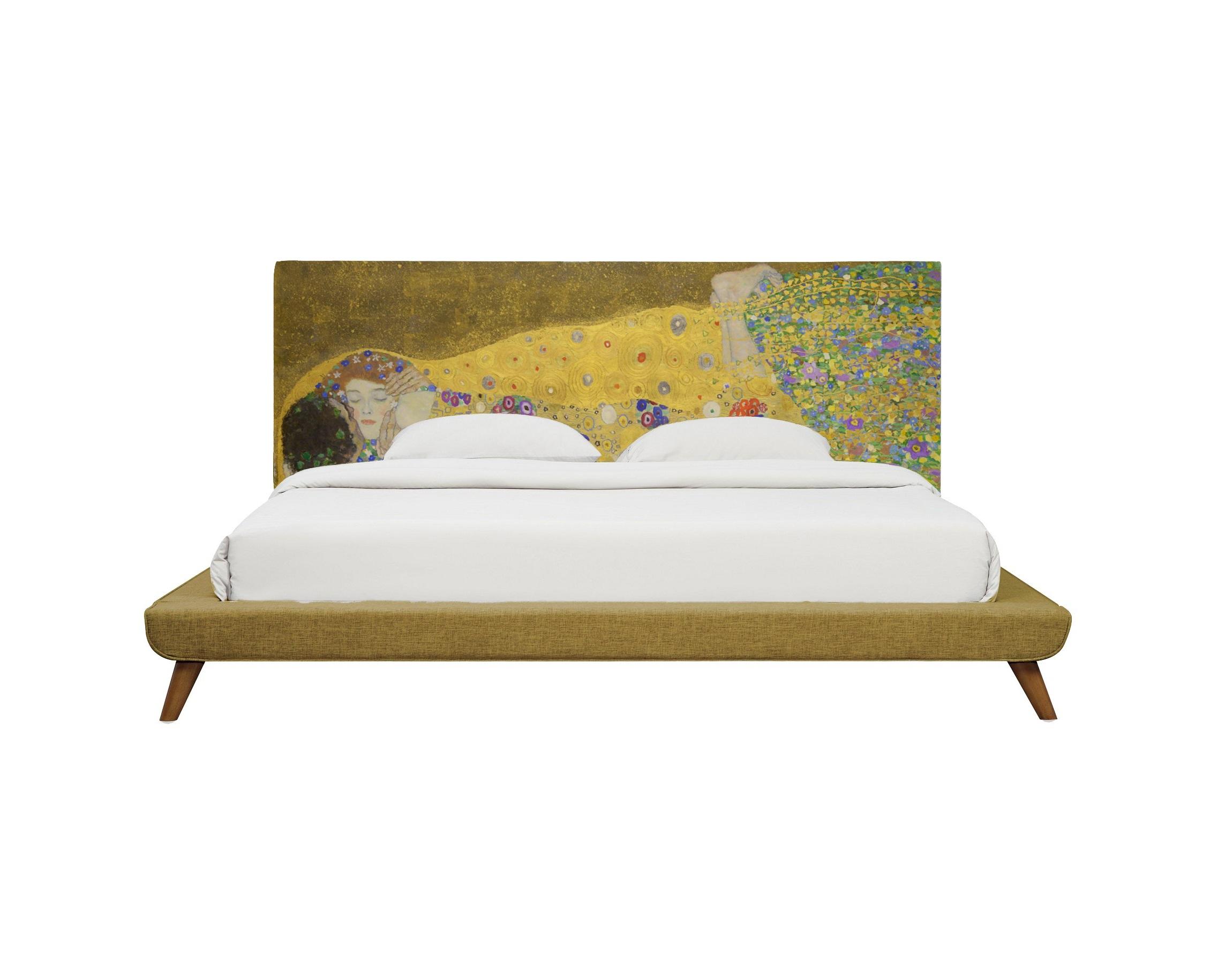 Кровать The KissДеревянные кровати<br>На скале, на краю цветочной поляны, в золотой ауре, стоят полностью погружённые друг в друга, отгороженные от всего мира влюблённые.           «Поцелуй» — картина австрийского художника Густава Климта, написанная в 1907—1908 годах.&amp;lt;div&amp;gt;&amp;lt;br&amp;gt;&amp;lt;div&amp;gt;Произведено из экологически чистых материалов. Модель представлена в ткани микровелюр – мягкий, бархатистый материал, широко используемый в качестве обивки для мебели. <br>Обладает целым рядом замечательных свойств: отлично пропускает воздух, отталкивает пыль и долго сохраняет изначальный цвет, не протираясь и не выцветая. <br>Высокие эксплуатационные свойства в сочетании с превосходным дизайном обеспечили микровелюру большую популярность.<br><br><br>По желанию возможность выбрать ткань из других коллекций.<br>Гарантия от производителя 1 год.&amp;lt;/div&amp;gt;&amp;lt;div&amp;gt;&amp;lt;br&amp;gt;&amp;lt;/div&amp;gt;&amp;lt;div&amp;gt;Размеры спального места:<br><br>160*200 - представлено<br>180*200 <br>200*200&amp;amp;nbsp;&amp;lt;/div&amp;gt;&amp;lt;div&amp;gt;Продукция изготавливается под заказ, стандартный срок производства 4-5 недель.<br>Более точную информацию уточняйте у менеджера.&amp;lt;/div&amp;gt;&amp;lt;/div&amp;gt;<br><br>Material: Текстиль<br>Ширина см: 180<br>Высота см: 120<br>Глубина см: 220