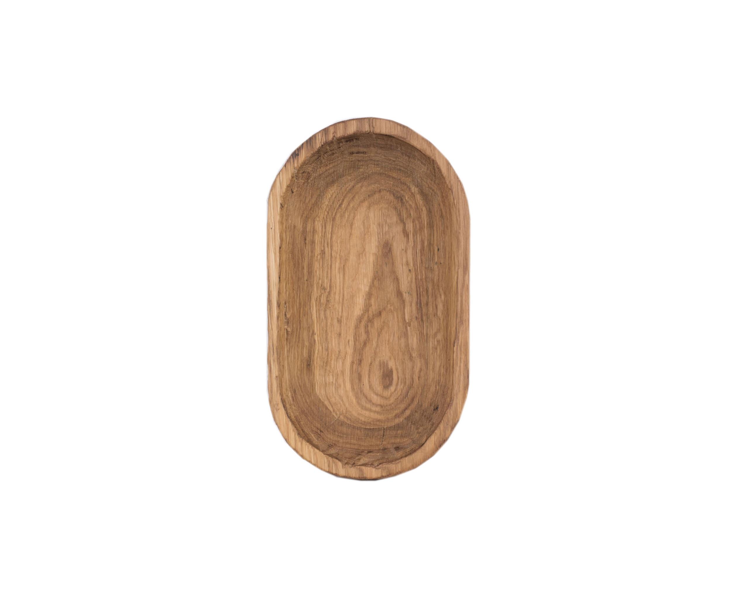 БлюдоДекоративные блюда<br>Покрытие: льняное масло. Сделано вручную. &amp;amp;nbsp;Красивые ненавязчивые фактуры, приятные неброские цвета, которые подойдут под любой стиль интерьера. При необходимости можно обновлять покрытие, протерев поверхность тканью, смоченной растительным маслом.<br><br>Material: Дуб<br>Ширина см: 40<br>Высота см: 5<br>Глубина см: 26