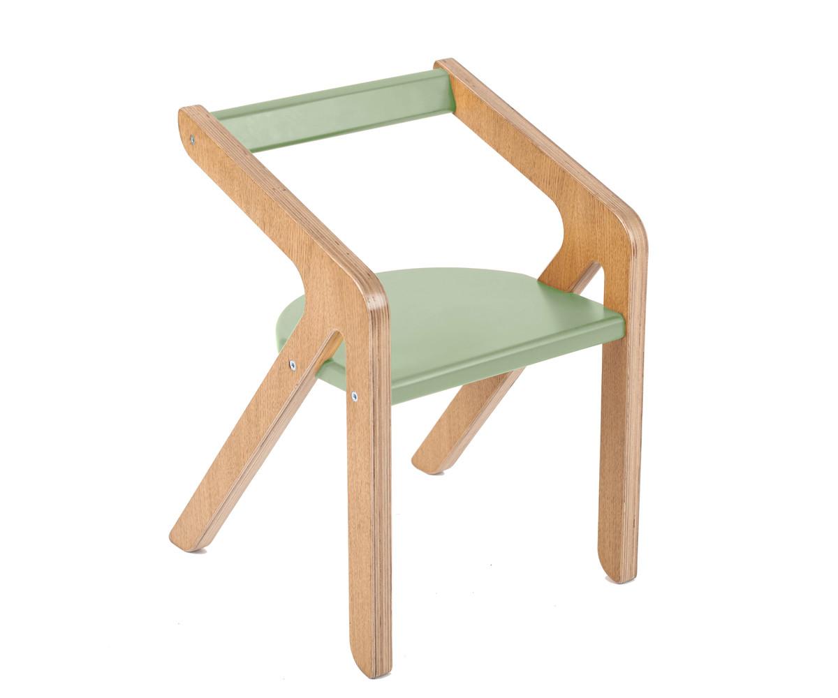 Стул MalevichДетские стулья<br>Красивый, удобный, а главное устойчивый стул, который не перевернется, даже если ребенок залезет на него и облокотится на спинку.&amp;lt;div&amp;gt;&amp;lt;br&amp;gt;&amp;lt;/div&amp;gt;&amp;lt;div&amp;gt;&amp;lt;span style=&amp;quot;font-size: 14px;&amp;quot;&amp;gt;Материал: березовая фанера, дубовый шпон.&amp;lt;/span&amp;gt;&amp;lt;br&amp;gt;&amp;lt;/div&amp;gt;<br><br>Material: Фанера<br>Ширина см: 32<br>Высота см: 29
