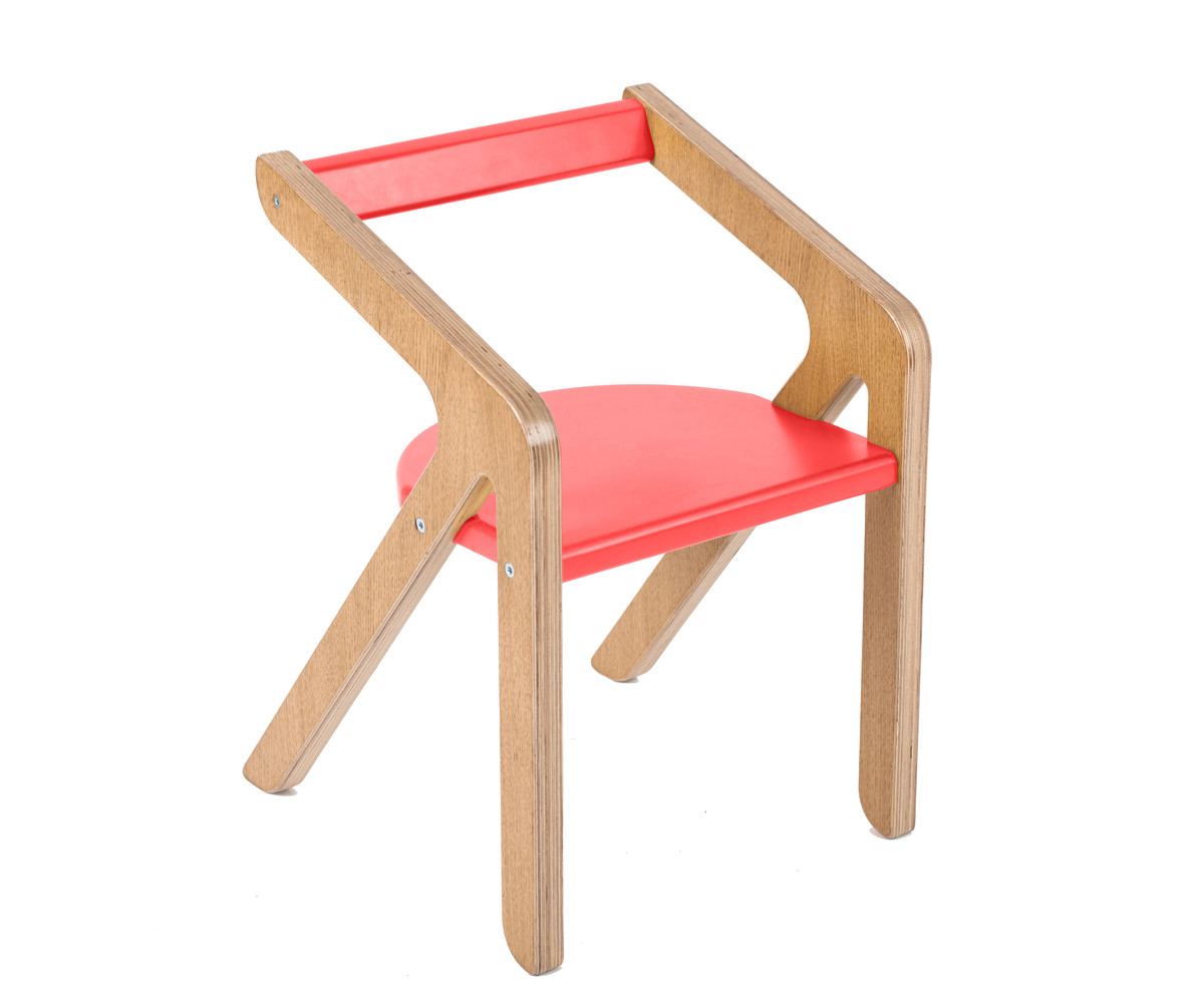 Стул MalevichДетские стулья<br>Красивый, удобный, а главное устойчивый стул, который не перевернется, даже если ребенок залезет на него и облокотится на спинку.&amp;lt;div&amp;gt;&amp;lt;div style=&amp;quot;font-size: 14px;&amp;quot;&amp;gt;&amp;lt;br&amp;gt;&amp;lt;/div&amp;gt;&amp;lt;div style=&amp;quot;font-size: 14px;&amp;quot;&amp;gt;&amp;lt;span style=&amp;quot;font-size: 14px;&amp;quot;&amp;gt;Материал: березовая фанера, дубовый шпон.&amp;lt;/span&amp;gt;&amp;lt;/div&amp;gt;&amp;lt;/div&amp;gt;<br><br>Material: Фанера<br>Ширина см: 36<br>Высота см: 34