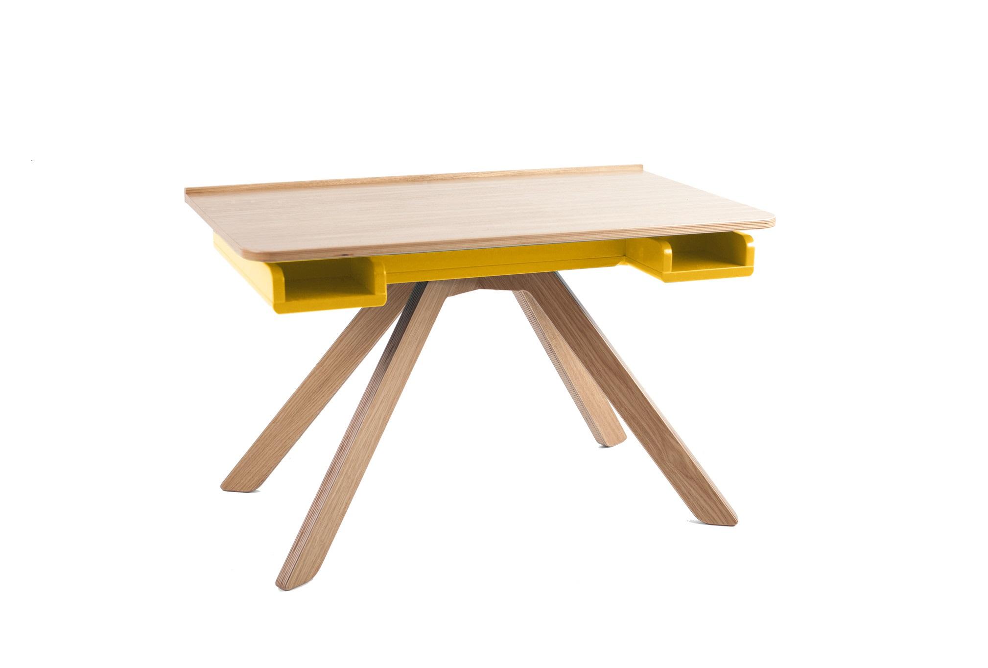 Стол-мольберт MalevichДетские письменные столики<br>&amp;lt;div&amp;gt;Стол многофункционален: его можно использовать как место для лепки, чтения, или игры, так и в качестве мольберта для рисования и предмета для хранения.&amp;amp;nbsp;&amp;lt;/div&amp;gt;&amp;lt;div&amp;gt;&amp;lt;br&amp;gt;&amp;lt;/div&amp;gt;&amp;lt;div&amp;gt;- Вместительное пространство для хранения позволит сохранить порядок в комнате, ведь туда с легкостью поместится все необходимое для творчества.&amp;amp;nbsp;&amp;lt;/div&amp;gt;&amp;lt;div&amp;gt;- На столешнице есть специальная накладка, куда ребенок при использовании мольберта может класть кисточки и карандаши.&amp;amp;nbsp;&amp;lt;/div&amp;gt;&amp;lt;div&amp;gt;- В столе также есть небольшие полочки, к которым есть доступ при закрытой столешнице, туда ребенок может положить карандаши, маленькую игрушку или еще какую-то мелочь.&amp;amp;nbsp;&amp;lt;/div&amp;gt;&amp;lt;div&amp;gt;- Столешница сделана из фанеры, покрыта дубовым шпоном и выкрашена прозрачным лаком и это не случайно: царапины и вмятины не будут заметны так сильно, как на столешницах, выкрашенных эмалью.&amp;amp;nbsp;&amp;lt;/div&amp;gt;&amp;lt;div&amp;gt;- Благодаря удобным механизмам и наличию зазоров между столешницей и отсеком для хранения, ребенок сможет самостоятельно поднимать и опускать столешницу, не прищемляя пальчики.&amp;amp;nbsp;&amp;lt;/div&amp;gt;&amp;lt;div&amp;gt;&amp;lt;br&amp;gt;&amp;lt;/div&amp;gt;&amp;lt;div&amp;gt;Материал: березовая фанера, дубовый шпон.&amp;lt;/div&amp;gt;<br><br>Material: Фанера<br>Width см: 82<br>Depth см: 50<br>Height см: 50