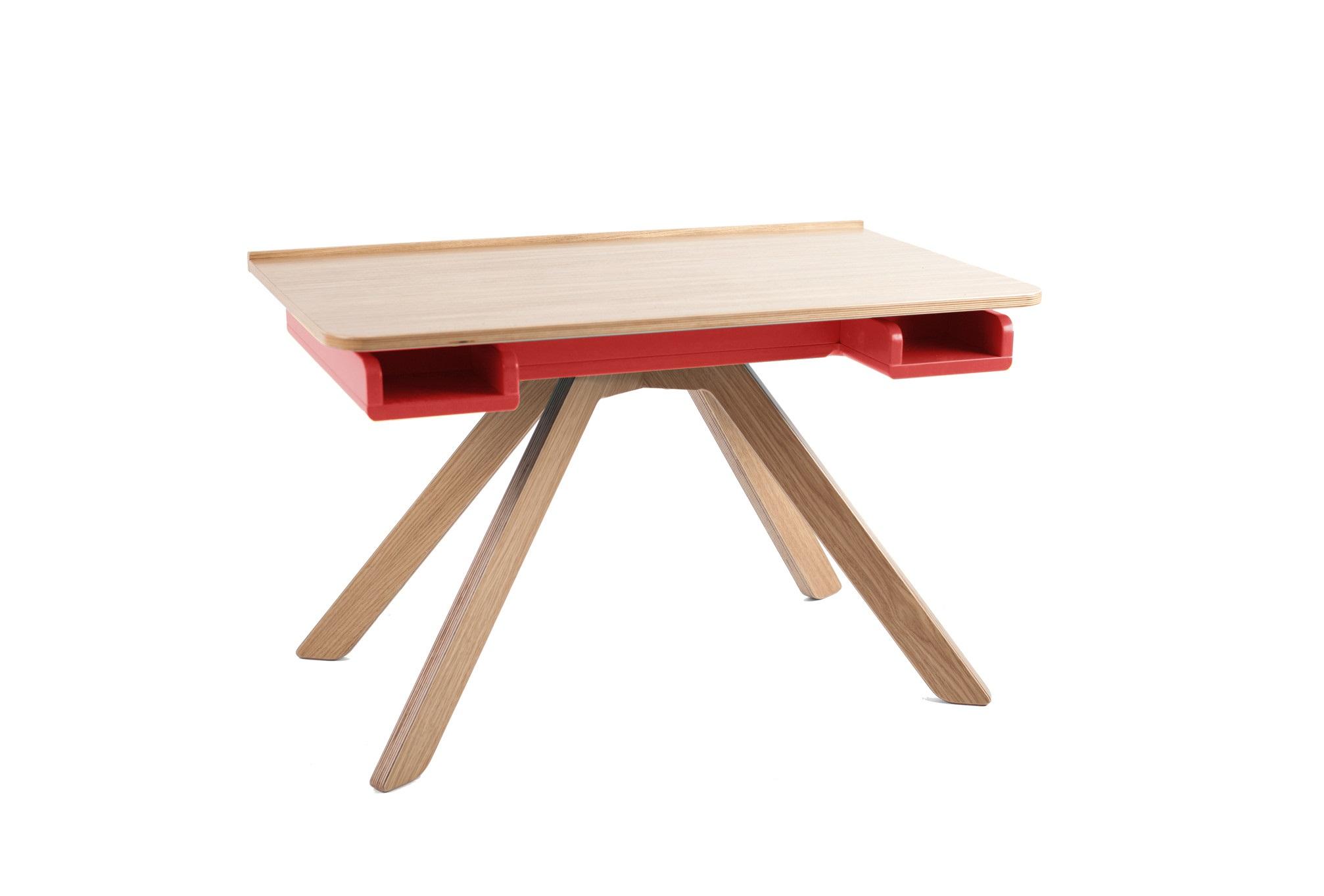 Стол-мольберт MalevichДетские письменные столики<br>&amp;lt;div&amp;gt;Стол многофункционален: его можно использовать как место для лепки, чтения, или игры, так и в качестве мольберта для рисования и предмета для хранения.&amp;amp;nbsp;&amp;lt;/div&amp;gt;&amp;lt;div&amp;gt;&amp;lt;br&amp;gt;&amp;lt;/div&amp;gt;&amp;lt;div&amp;gt;- Вместительное пространство для хранения позволит сохранить порядок в комнате, ведь туда с легкостью поместится все необходимое для творчества.&amp;amp;nbsp;&amp;lt;/div&amp;gt;&amp;lt;div&amp;gt;- На столешнице есть специальная накладка, куда ребенок при использовании мольберта может класть кисточки и карандаши.&amp;amp;nbsp;&amp;lt;/div&amp;gt;&amp;lt;div&amp;gt;- В столе также есть небольшие полочки, к которым есть доступ при закрытой столешнице, туда ребенок может положить карандаши, маленькую игрушку или еще какую-то мелочь.&amp;amp;nbsp;&amp;lt;/div&amp;gt;&amp;lt;div&amp;gt;- Столешница сделана из фанеры, покрыта дубовым шпоном и выкрашена прозрачным лаком и это не случайно: царапины и вмятины не будут заметны так сильно, как на столешницах, выкрашенных эмалью.&amp;amp;nbsp;&amp;lt;/div&amp;gt;&amp;lt;div&amp;gt;- Благодаря удобным механизмам и наличию зазоров между столешницей и отсеком для хранения, ребенок сможет самостоятельно поднимать и опускать столешницу, не прищемляя пальчики.&amp;amp;nbsp;&amp;lt;/div&amp;gt;&amp;lt;div&amp;gt;&amp;lt;br&amp;gt;&amp;lt;/div&amp;gt;&amp;lt;div&amp;gt;Материал: березовая фанера, дубовый шпон.&amp;lt;/div&amp;gt;<br><br>Material: Фанера<br>Ширина см: 82<br>Высота см: 50<br>Глубина см: 50