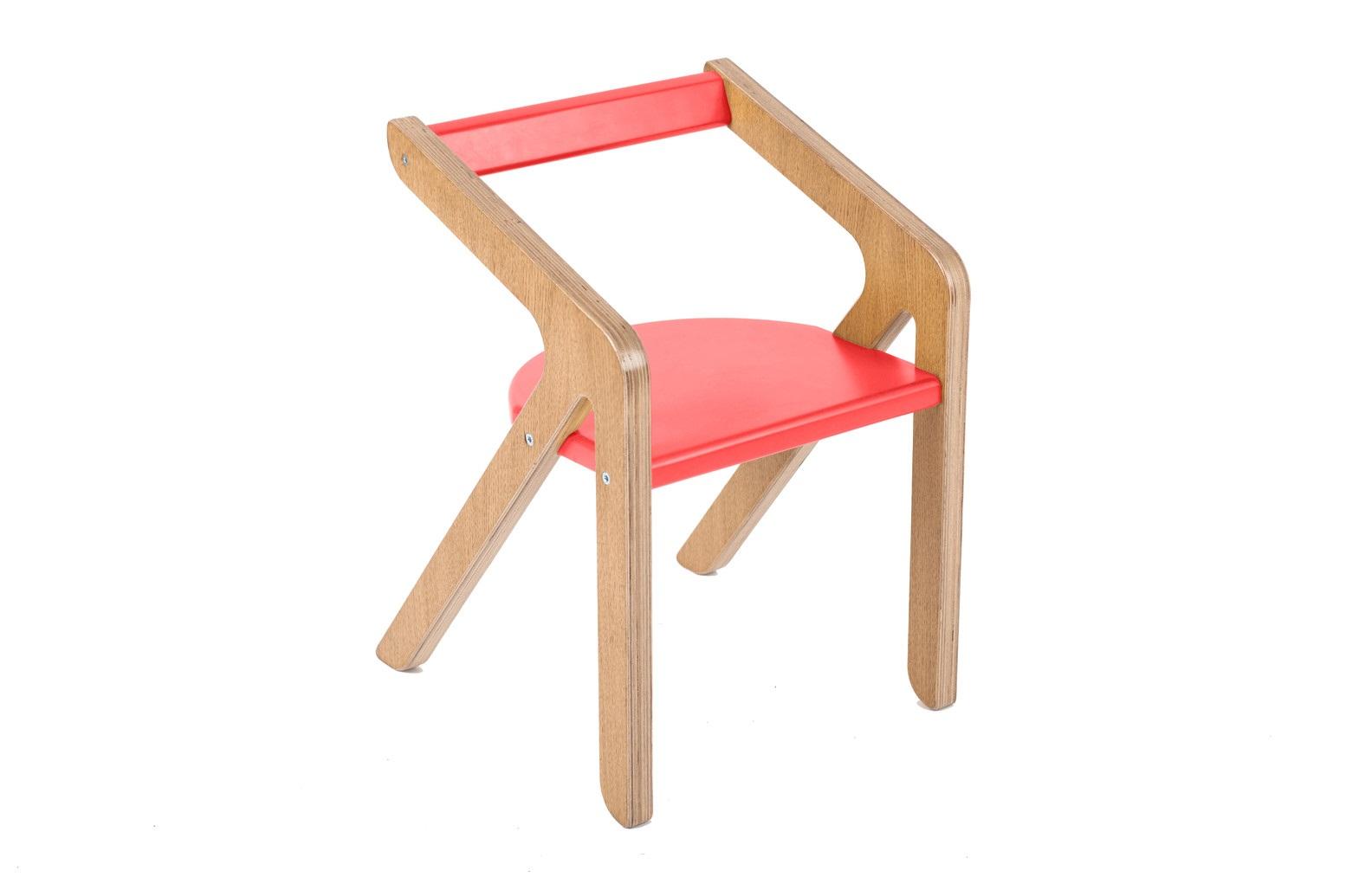 Стул MalevichДетские стулья<br>Красивый, удобный, а главное устойчивый стул, который не перевернется, даже если ребенок залезет на него и облокотится на спинку.&amp;amp;nbsp;&amp;lt;div&amp;gt;&amp;lt;div style=&amp;quot;font-size: 14px;&amp;quot;&amp;gt;&amp;lt;br&amp;gt;&amp;lt;/div&amp;gt;&amp;lt;div style=&amp;quot;font-size: 14px;&amp;quot;&amp;gt;&amp;lt;span style=&amp;quot;font-size: 14px;&amp;quot;&amp;gt;Материал: березовая фанера, дубовый шпон.&amp;lt;/span&amp;gt;&amp;lt;/div&amp;gt;&amp;lt;/div&amp;gt;<br><br>Material: Фанера<br>Ширина см: 32<br>Высота см: 29