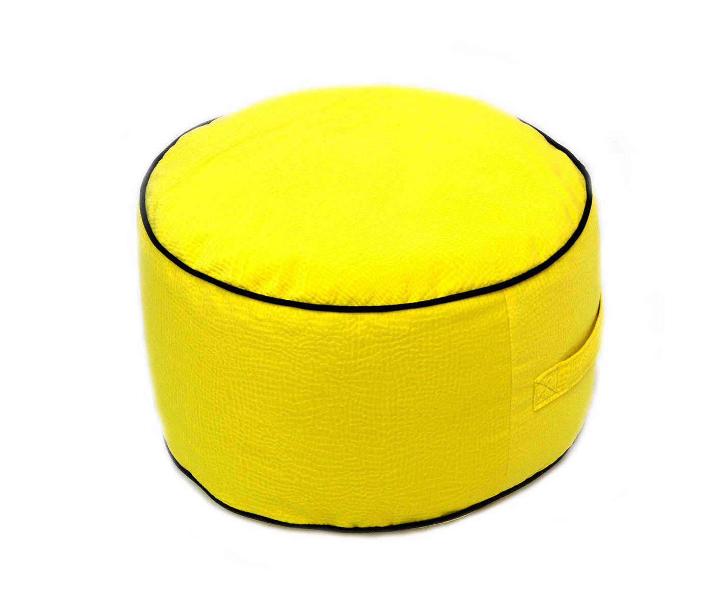 Круглый пуф Солнечное настроениеФорменные пуфы<br>Очень веселый и жизнерадостный  и легкий (900 гр)пуфик украсит любую комнату вашего дома. Он имеет сьемный чехол для легкой стирки, а так же ручку для того что бы с легкостью переносить его.<br><br>Material: Текстиль<br>Ширина см: 22<br>Высота см: 30<br>Глубина см: 30