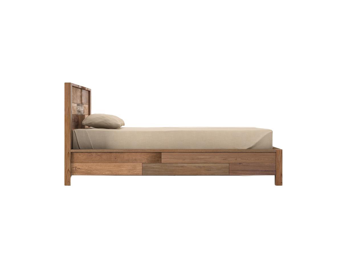 Кровать Baker KingДеревянные кровати<br>Baker King  – великолепная двуспальная кровать, полностью оправдывающая своё название и по всем показателям соответствующая выражению «царское ложе».&amp;amp;nbsp;&amp;lt;div&amp;gt;&amp;lt;br&amp;gt;&amp;lt;/div&amp;gt;&amp;lt;div&amp;gt;Размер спального места: 180х200 см.&amp;lt;br&amp;gt;&amp;lt;/div&amp;gt;<br><br>Material: Тик<br>Length см: None<br>Width см: 206<br>Depth см: 212<br>Height см: 100<br>Diameter см: None