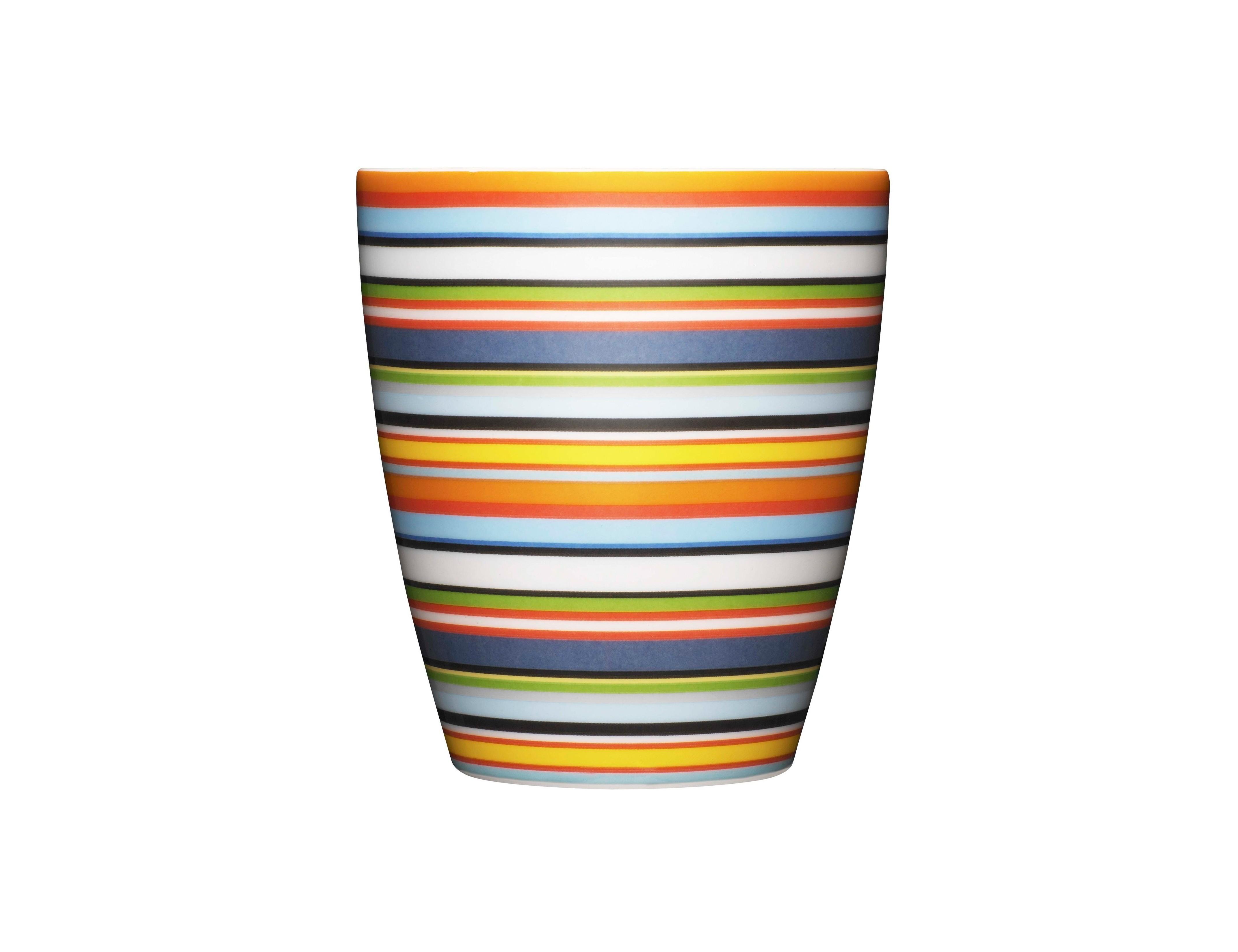 Чашка OrigoЧайные пары, чашки и кружки<br>Смелый полосатый рисунок посуды серии Origo будет свежо смотреться на любой кухне. Посуда прекрасно сочетается с посудой других серий Iittala и подходит для приёма любой пищи. Впервые серия вышла 1999 году и с того момента стала невероятно популярной во всем мире.&amp;amp;nbsp;<br><br>Material: Фарфор<br>Length см: None<br>Width см: None<br>Depth см: None<br>Height см: 9<br>Diameter см: 8