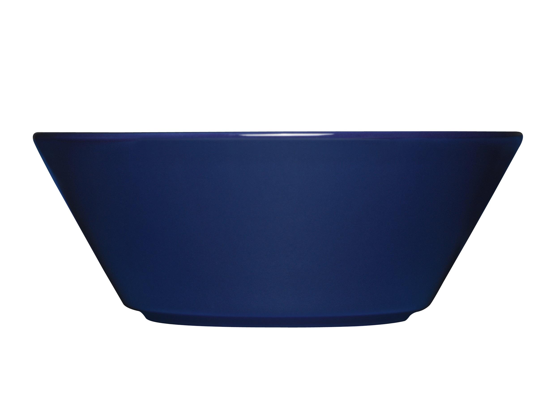 Чаша TeemaМиски и чаши<br>Teema - это классика дизайна Iittala, каждый продукт имеет чёткие геометрические формы: круг, квадрат и прямоугольник. Как говорит Кай Франк: «Цвет является единственным украшением». Посуда серии Teema является универсальной, её можно комбинировать с любой серией Iittala. Она практична и лаконична.<br><br>Material: Фарфор