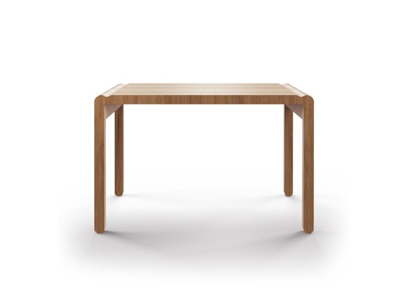 Стол M?nster?s rundaПисьменные столы<br>Скандинавский дизайн с его любовью к простоте и дереву. Отделка шпоном ореха.&amp;lt;div&amp;gt;&amp;lt;br&amp;gt;&amp;lt;/div&amp;gt;&amp;lt;div&amp;gt;Данный стол производится в 5 размерах.&amp;lt;/div&amp;gt;<br><br>Material: Фанера<br>Ширина см: 120<br>Высота см: 75<br>Глубина см: 80
