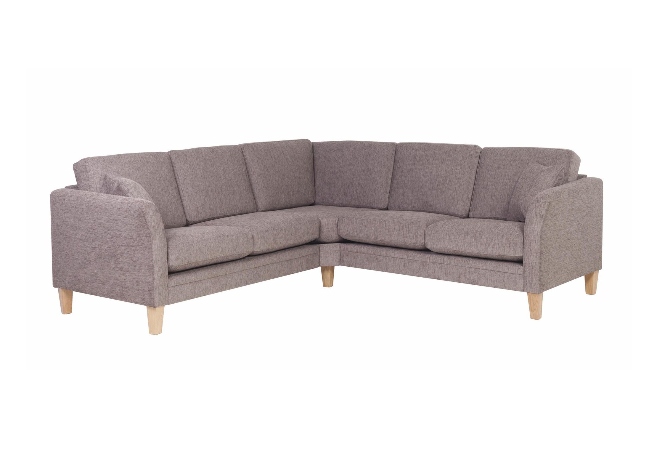 Диван МоссУгловые диваны<br>Диван Мосс – это красота, легкость и комфорт – всё, что так ценно в современном мире.  Угол можно выбрать самому -левый или правый (угол определяется сидя на диване).&amp;amp;nbsp;&amp;lt;div&amp;gt;&amp;lt;br&amp;gt;&amp;lt;/div&amp;gt;&amp;lt;div&amp;gt;Каркас (комбинации дерева, фанеры и ЛДСП). Не разбирается.&amp;amp;nbsp;&amp;lt;/div&amp;gt;&amp;lt;div&amp;gt;Для сидячих подушек используют пену различной плотности, а также перо и силиконовое волокно.&amp;amp;nbsp;&amp;lt;/div&amp;gt;&amp;lt;div&amp;gt;Для задних подушек есть пять видов наполнения: пена, измельченая пена, пена высокой эластичности, силиконовые волокно.&amp;amp;nbsp;&amp;lt;/div&amp;gt;&amp;lt;div&amp;gt;Материал обивки: Miracle 5 brown (Шенилл. Состав: 100% полиэстер).&amp;lt;/div&amp;gt;<br><br>Material: Текстиль<br>Ширина см: 180<br>Высота см: 82<br>Глубина см: 87