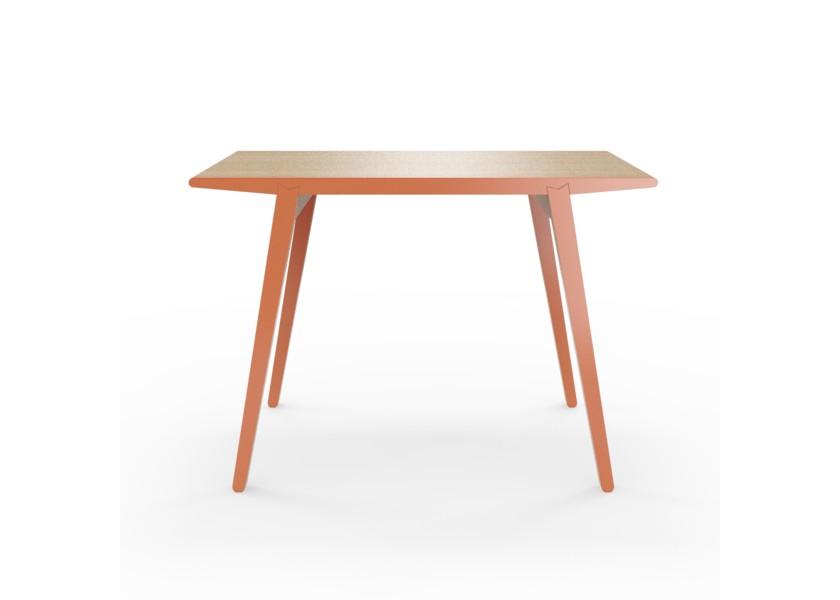 Стол M?nster?sОбеденные столы<br>Стол M?nster?s сочетает в себе формы футуристичных 60-х и естественность скандинавского дизайна. Окрас элементов стола в морковный цвет.&amp;lt;div&amp;gt;&amp;lt;br&amp;gt;&amp;lt;/div&amp;gt;&amp;lt;div&amp;gt;Данный стол производится в 5 размерах.&amp;lt;/div&amp;gt;<br><br>Material: Фанера<br>Width см: 140<br>Depth см: 70<br>Height см: 75