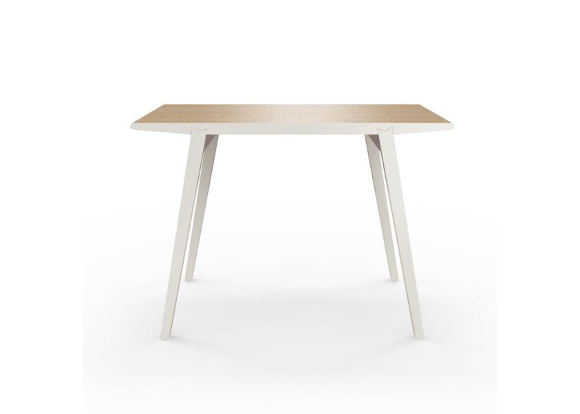 Стол M?nster?sОбеденные столы<br>Стол M?nster?s сочетает в себе формы футуристичных 60-х и естественность скандинавского дизайна. Окрас элементов стола в молочный цвет.&amp;lt;div&amp;gt;&amp;lt;br&amp;gt;&amp;lt;/div&amp;gt;&amp;lt;div&amp;gt;Данный стол производится в 5 размерах.&amp;lt;/div&amp;gt;<br><br>Material: Фанера<br>Width см: 140<br>Depth см: 70<br>Height см: 75