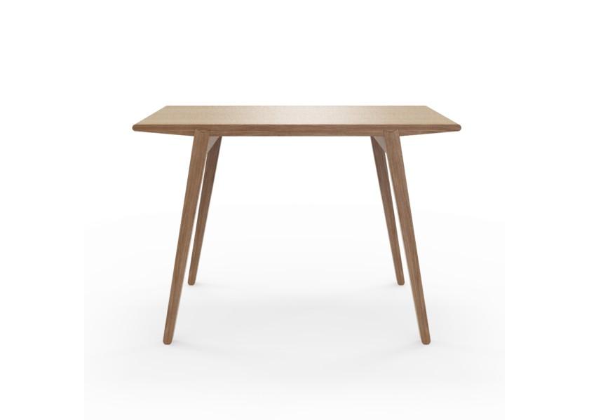 Стол M?nster?sОбеденные столы<br>Стол M?nster?s сочетает в себе формы футуристичных 60-х и естественность скандинавского дизайна. Отделка шпоном ореха.&amp;lt;div&amp;gt;&amp;lt;br&amp;gt;&amp;lt;/div&amp;gt;&amp;lt;div&amp;gt;Данный стол производится в 5 размерах.&amp;lt;/div&amp;gt;<br><br>Material: Фанера<br>Ширина см: 140.0<br>Высота см: 75.0<br>Глубина см: 70.0