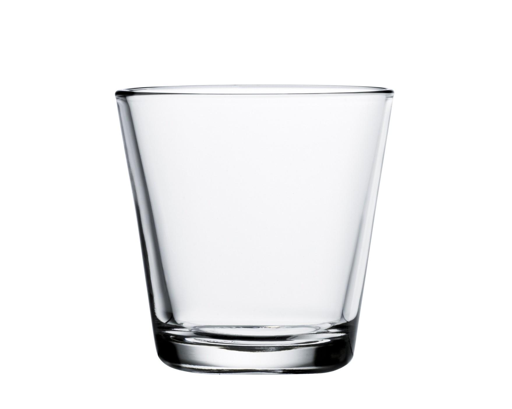 Стакан Kartio (2шт)Стаканы<br>Kartio является одним из творений выдающегося финского дизайнера Кая Франка, стиль которго отличался строгой геометричностью, лаконизмом и продуманными цветовыми решениями. Стаканы различных цветов, кувшины и чаши серии Kartio отлично подходит для ежедневного использования.<br><br>Material: Фарфор<br>Высота см: 8