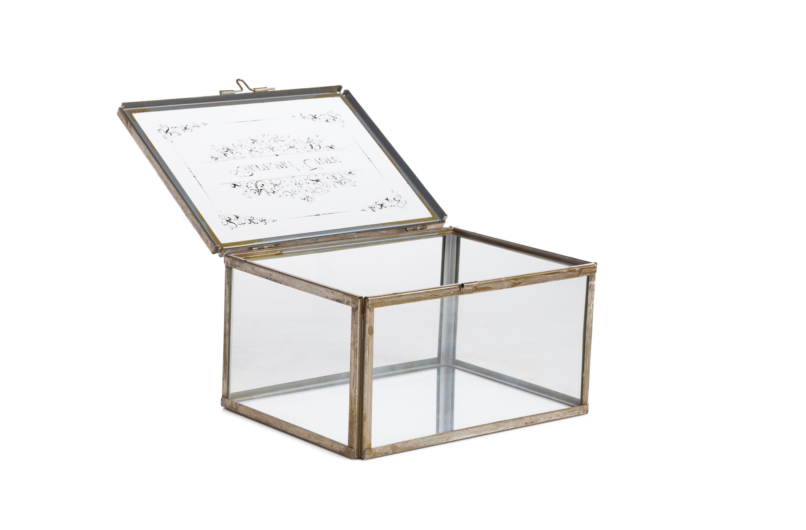 Коробка для ювелирных украшений JuneШкатулки<br><br><br>Material: Металл<br>Length см: None<br>Width см: 16,5<br>Depth см: 21,5<br>Height см: 11,5