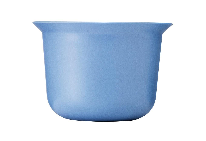 Чаша Mix-ItМиски и чаши<br>В чаше MIX-IT вы можете взбивать сливки, мариновать мясо, замешивать тесто. Чаша изготовлена из бамбукового меламина, 30% бамбуковой фибры добавлены для того, чтобы придать чаше интересную структуру. Помимо этого бамбук является натуральным материалом, который оказывает положительное влияние на окружающую среду. Края чаши позволяют переливать жидкую консистенцию с любой стороны. Внутри чаши нанесены мерные деления. Чтобы на дне чаши не собиралась вода при мытье, предусмотрен небольшой дренаж. Не подходит для использования в микроволновой печи. Можно мыть в посудомоечной машине.&amp;amp;nbsp;&amp;lt;div&amp;gt;&amp;lt;br&amp;gt;&amp;lt;/div&amp;gt;&amp;lt;div&amp;gt;Объем 1,5 л.&amp;amp;nbsp;&amp;lt;br&amp;gt;&amp;lt;/div&amp;gt;<br><br>Material: Бамбук<br>Length см: None<br>Width см: None<br>Height см: 13<br>Diameter см: 18