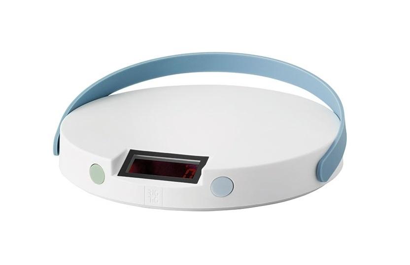 Кухонные весы Weight-ItАксессуары для кухни<br>Кухонные весы WEIGHT-IT. Кухонные весы WEIGH-IT позволяют взвешивать в килограммах, фунтах и унциях. Весы очень удобно переносить, а также их очень просто мыть. Весы просты в использовании: подсвечиваемый дисплей можно обнулить, когда вам необходимо увеличить количество ингредиентов в чаше в процессе приготовления пищи. Одним касанием весы переключаются из метрической системы мер в английскую, позволяя легко готовить блюда различных рецептов. Весы занимают очень мало места, их можно убрать в ящик или повесить на крючок, чтобы они всегда были у вас под рукой.&amp;amp;nbsp;<br><br>Material: Пластик<br>Length см: None<br>Width см: None<br>Height см: 2.5<br>Diameter см: 15