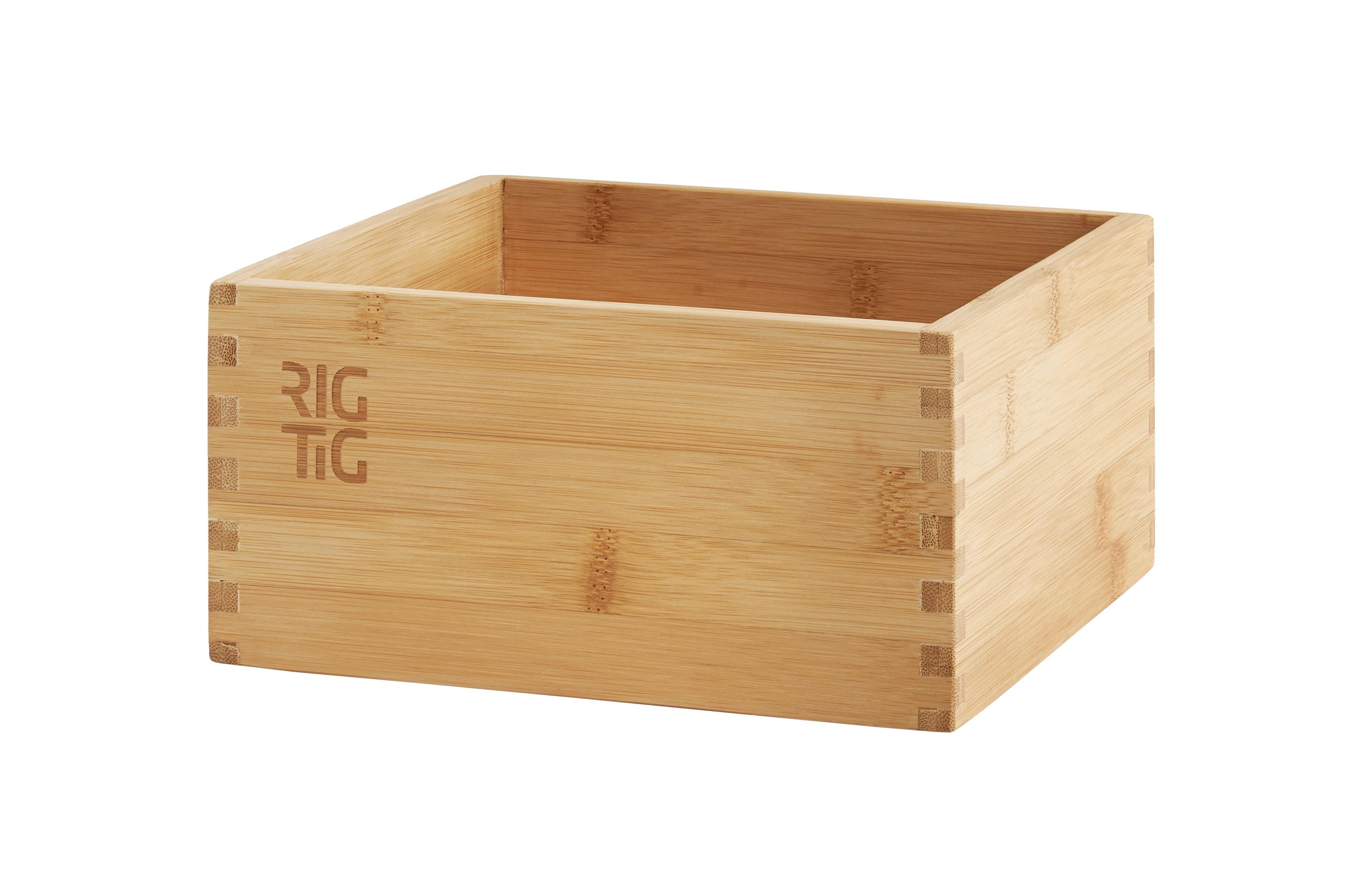 Ящик для хранения WOODSTOCKЕмкости для хранения<br>Ящик для хранения WOODSTOCK сможет привнести на Вашу кухню элемент уюта. Ящик можно использовать несколькими способами: как подставку для специй и дозаторов с маслом на столе, как ящик для хранения кухонных мелочей на кухонном шкафу, как место для хранения фруктов/овощей. Дизайнер: &amp;amp;nbsp;RIG-TIG. Коллекция: WOODSTOCK.<br><br>Material: Дерево<br>Ширина см: 22<br>Высота см: 10<br>Глубина см: 22