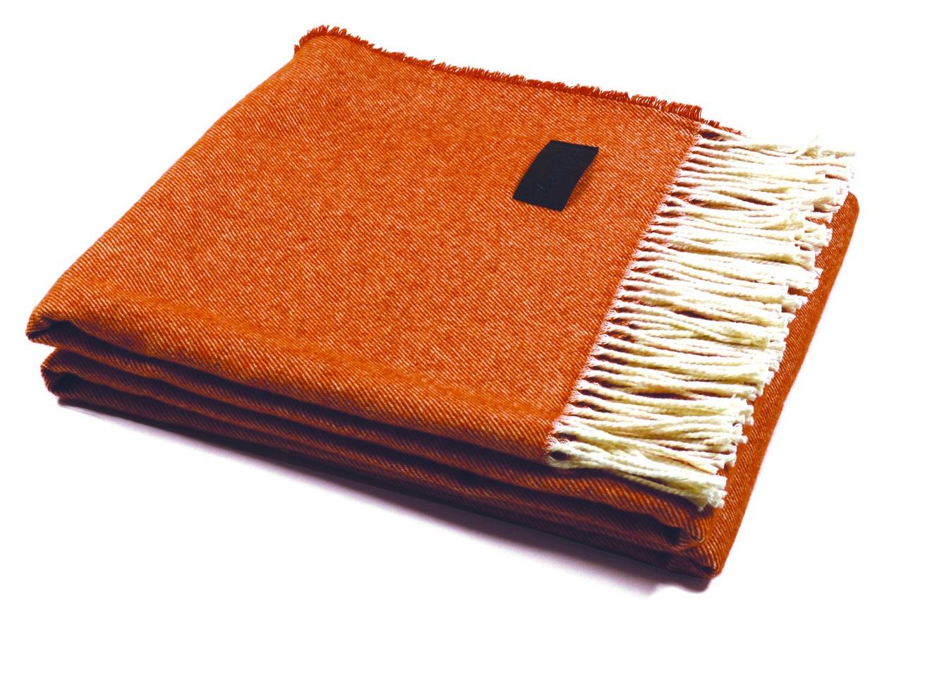 Плед LiverpoolПледы со смешанным составом<br>Современный и оригинальный плед изготовлен  в соответствии с высочайшими стандартами качества. Текстура ткани придает изделию особую ценность.&amp;amp;nbsp;&amp;lt;div&amp;gt;&amp;lt;br&amp;gt;&amp;lt;/div&amp;gt;&amp;lt;div&amp;gt;Размер: 130 / 180                                                                                                                    Состав: 90% шерсть, 10% хлопок&amp;amp;nbsp;&amp;lt;/div&amp;gt;&amp;lt;div&amp;gt;Уход: сухая чистка, химчистка                                                                     &amp;lt;/div&amp;gt;<br><br>Material: Шерсть<br>Width см: 130<br>Depth см: 180<br>Height см: 0.3