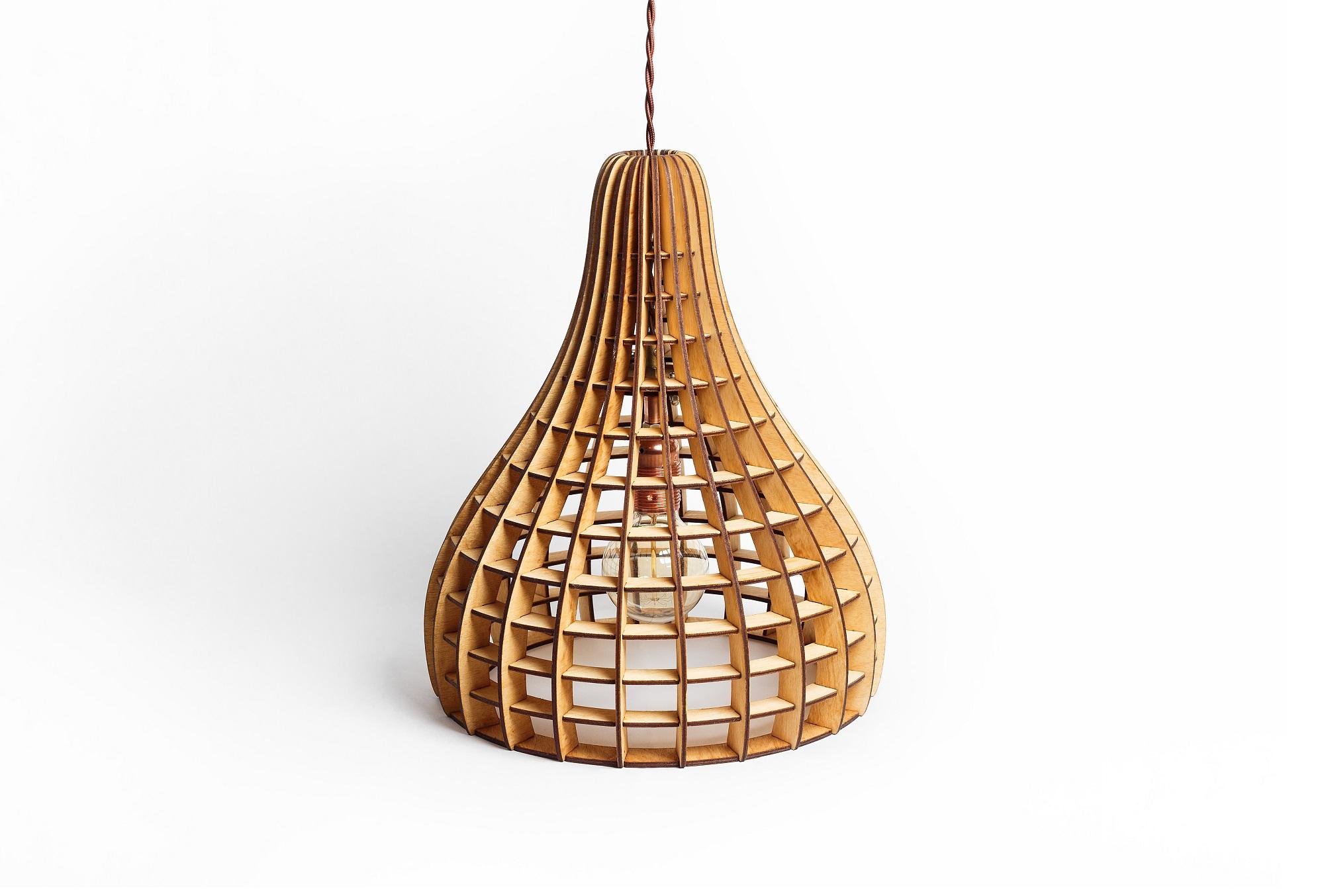 Деревянный светильник ВулканПодвесные светильники<br>Деревянная люстра в стиле Лофт. Возможно изготовление в двух цветах - натуральный ( покрытый лаком ) и темный ( мореный ) Поставляется в собранном виде.&amp;amp;nbsp;&amp;lt;div&amp;gt;&amp;lt;br&amp;gt;&amp;lt;/div&amp;gt;&amp;lt;div&amp;gt;&amp;lt;div&amp;gt;Вид цоколя: E27&amp;lt;/div&amp;gt;&amp;lt;div&amp;gt;Мощность: 60W&amp;lt;/div&amp;gt;&amp;lt;div&amp;gt;Количество ламп: 1 (нет в комплекте)&amp;lt;/div&amp;gt;&amp;lt;/div&amp;gt;<br><br>Material: Дерево<br>Высота см: 40