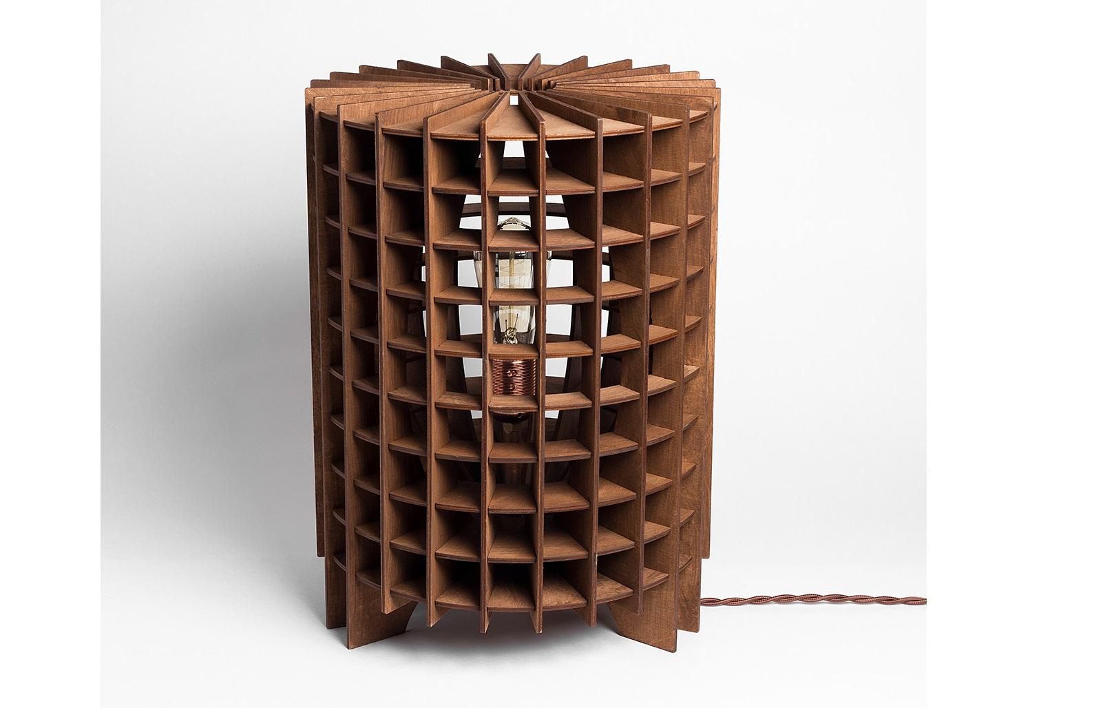 Деревянный cветильник КолизейДекоративные лампы<br>Деревянный светильник в стиле Лофт. Возможно изготовление в двух цветах - натуральный ( покрытый лаком ) и темный ( мореный )&amp;amp;nbsp;&amp;lt;div&amp;gt;&amp;lt;br&amp;gt;&amp;lt;/div&amp;gt;&amp;lt;div&amp;gt;&amp;lt;div&amp;gt;Вид цоколя: E27&amp;lt;/div&amp;gt;&amp;lt;div&amp;gt;Мощность: 60W&amp;lt;/div&amp;gt;&amp;lt;div&amp;gt;Количество ламп: 1 (нет в комплекте)&amp;lt;/div&amp;gt;&amp;lt;/div&amp;gt;&amp;lt;div&amp;gt;&amp;lt;br&amp;gt;&amp;lt;/div&amp;gt;<br><br>Material: Дерево<br>Высота см: 41