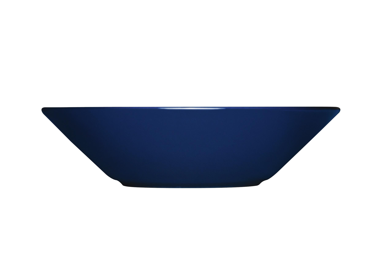 Тарелка глубокая TeemaТарелки<br>Teema - это классика дизайна Iittala, каждый продукт имеет чёткие геометрические формы: круг, квадрат и прямоугольник. Как говорит Кай Франк: «Цвет является единственным украшением». Посуда серии Teema является универсальной, её можно комбинировать с любой серией Iittala. Она практична и лаконична.<br><br>Material: Фарфор<br>Высота см: 5