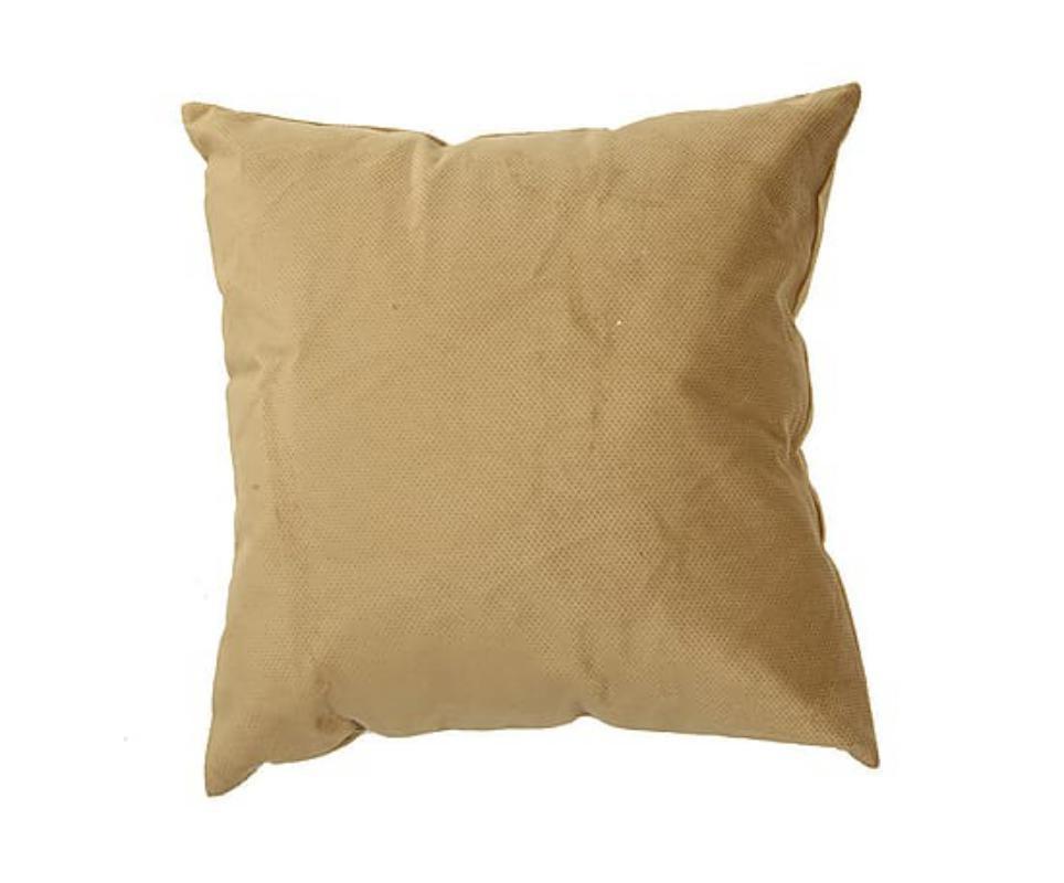 Подушка декоративная Сream (2шт)Квадратные подушки и наволочки<br>&amp;lt;div&amp;gt;Декоративная подушка станет ярким акцентом в вашем интерьере. Высококачественный материал приятен и безопасен даже для самой чувствительной кожи. Оригинальная подушка сделает пространство стильным и уютным.&amp;amp;nbsp;&amp;lt;/div&amp;gt;&amp;lt;div&amp;gt;&amp;lt;br&amp;gt;&amp;lt;/div&amp;gt;&amp;lt;div&amp;gt;Состав ткани:полиэстр 90%, нейлон 10%.&amp;lt;/div&amp;gt;&amp;lt;div&amp;gt;&amp;lt;br&amp;gt;&amp;lt;/div&amp;gt;<br><br>Material: Текстиль<br>Width см: 45<br>Depth см: 18<br>Height см: 45
