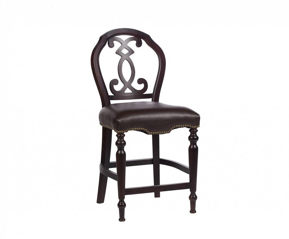 Стул PolonsoОбеденные стулья<br>Стул Polonso – это потрясающе изысканный предмет мебели. Темно-коричневый цвет каркаса из березы и кожаная обивка с железными заклепками подчеркивают благородство и строгость форм.<br><br>Материал: деревянный каркас (береза), натуральная кожа&amp;lt;div&amp;gt;Высота сиденья: 62 см&amp;lt;/div&amp;gt;<br><br>Material: Кожа<br>Ширина см: 58<br>Высота см: 122<br>Глубина см: 50