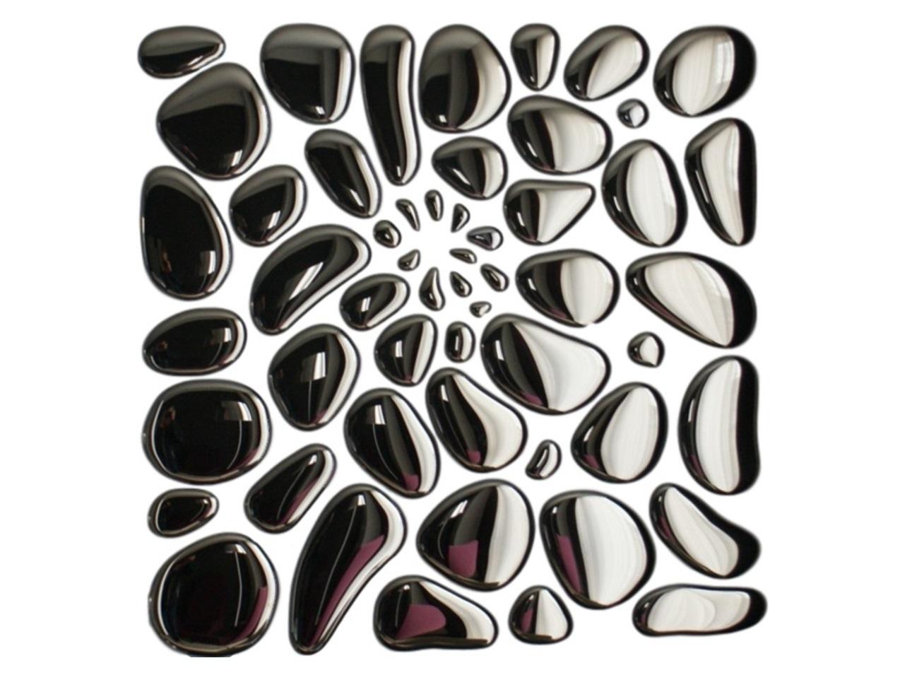 Композиция 55 капель SilverПанно<br>55 удивительных зеркальных капель, собранных в единую композицию,  превращают любое пространство в увлекательный мир иллюзий. Порой отраженное пространство на поверхности кривого зеркала намного реалистичней действительности. Возможно, именно поэтому композиция 55 Капель обладает особой таинственностью. Изделие состоит из 55 объемных зеркальных капель различной величины и формы. Вместе они образуют занимательный узор. С помощью клея, прикрепить такие капли можно на любую поверхность быстро и просто. С этой композицией интерьер просто не может быть тусклым и скучным. Клей в комплекте не идет. Есть трафарет.<br><br>Material: Стекло<br>Width см: 105<br>Depth см: 1<br>Height см: 105