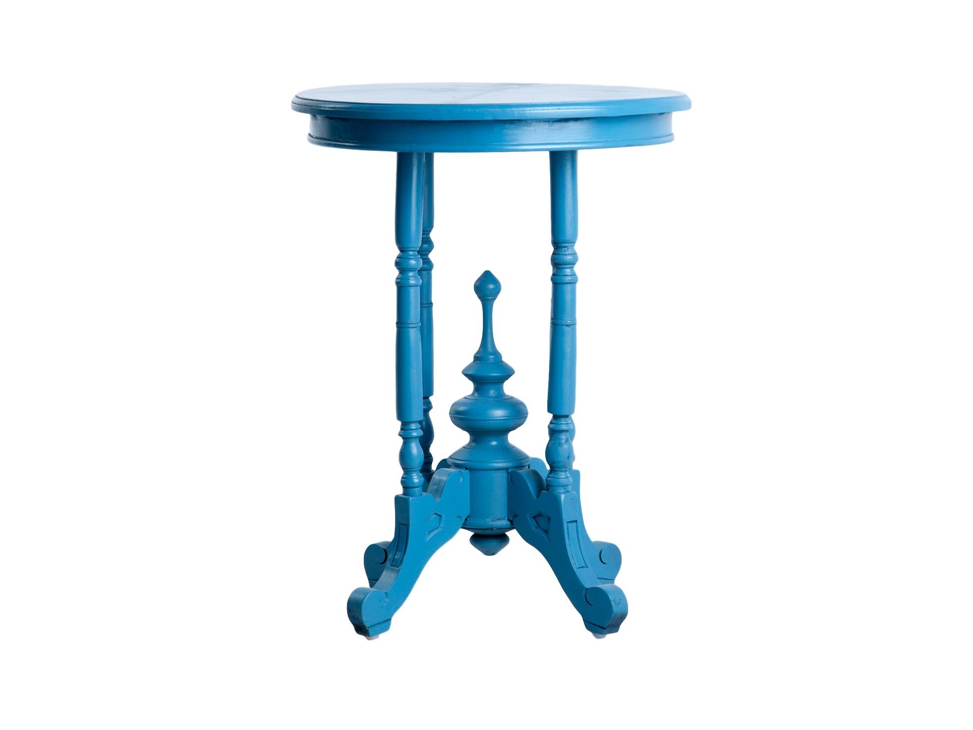 Столик круглыйПриставные столики<br>Круглый ярко-голубой столик из дерева на резной ножке.<br><br>Material: Дерево<br>Height см: 64<br>Diameter см: 51