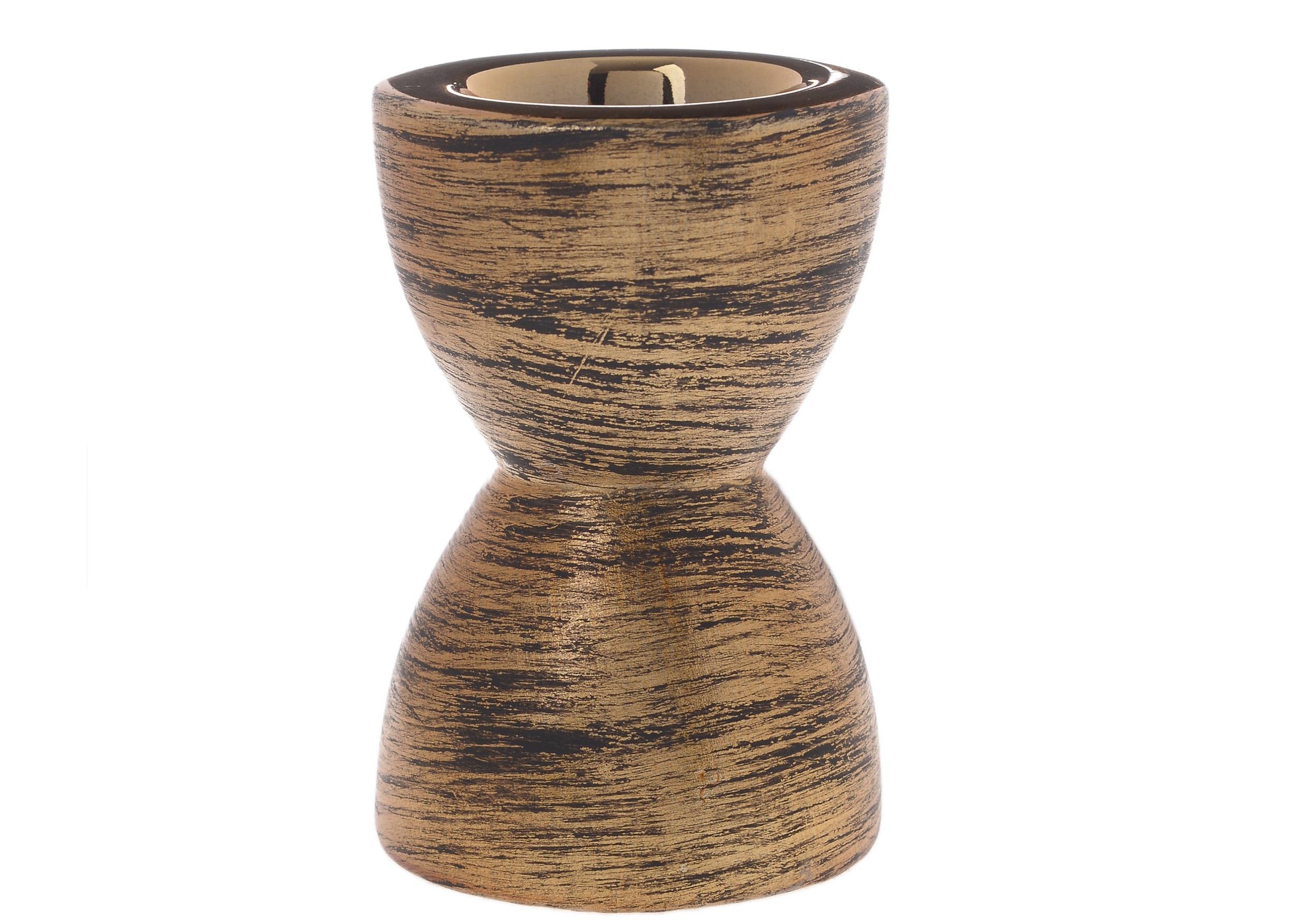 Подсвечник KintolПодсвечники<br><br><br>Material: Керамика<br>Ширина см: 8.0<br>Высота см: 11.0<br>Глубина см: 8.0