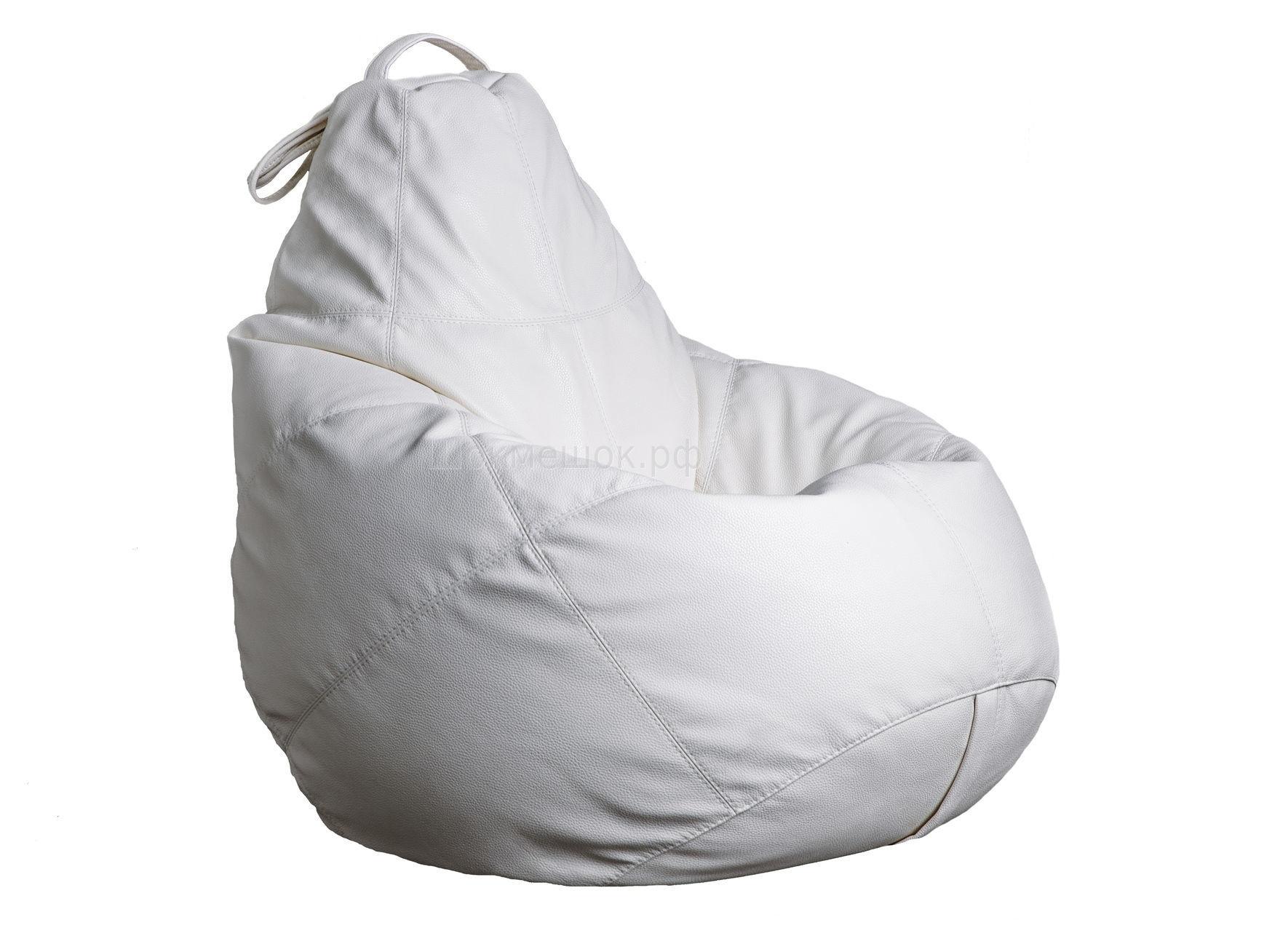 Бескаркасное креслоКресла-мешки<br>Бескаркасное кресло-мешок Boss - это кресло большого размера, которое хорошо поддерживает спину и плечи. Это делает кресло удобным для отдыха. Ткань - нанокожа Bionica c пористой &amp;quot;дышашей&amp;quot; мембраной и мерией природного материала.<br><br>Material: Кожа<br>Ширина см: 95<br>Высота см: 150<br>Глубина см: 95