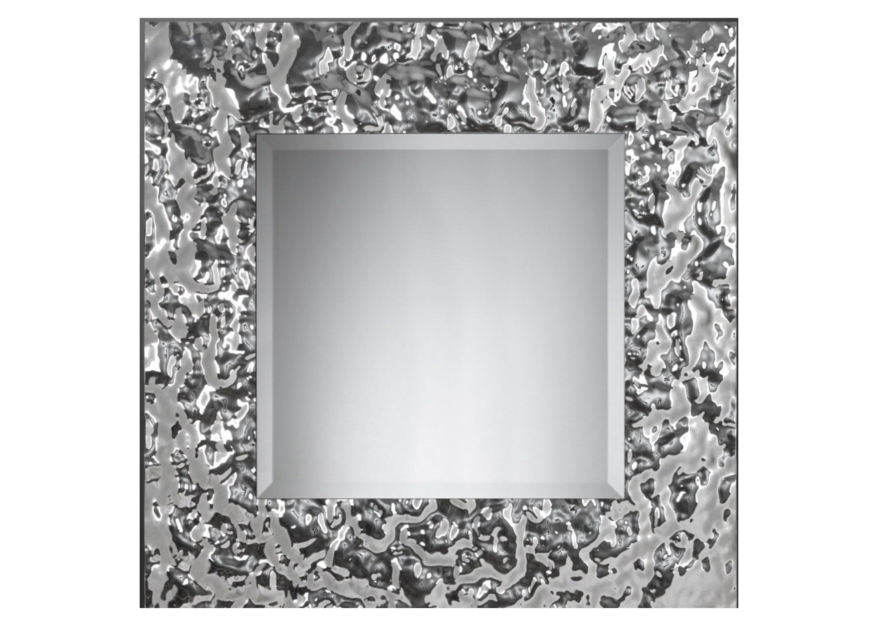 Зеркало КвадратНастенные зеркала<br>Квадратное зеркало в величественном обрамлении из стекла легко станет предметом гордости в вашем доме. Зеркало само по себе – уже эффектный декор. А уж если это, квадратное зеркало от Plusobject, то речь идет об уникальном продукте талантливых дизайнеров — братьев Фомичевых.  Обрамление зеркала имитирует поверхность воды, застывшую на долю секунды .  Зеркало в собранном виде и в комплекте есть крепления.<br><br>Material: Стекло<br>Width см: None<br>Depth см: 5<br>Height см: None<br>Diameter см: 80