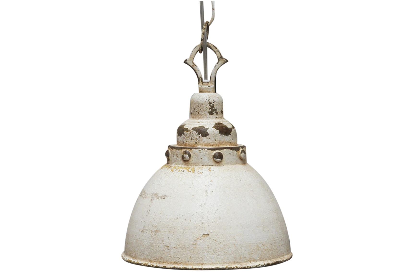 Подвесной светильникПодвесные светильники<br>&amp;lt;div&amp;gt;Вид цоколя: E14&amp;lt;/div&amp;gt;&amp;lt;div&amp;gt;Мощность: 60W&amp;lt;/div&amp;gt;&amp;lt;div&amp;gt;Количество ламп: 1 (нет в комплекте)&amp;lt;/div&amp;gt;&amp;lt;div&amp;gt;&amp;lt;br&amp;gt;&amp;lt;/div&amp;gt;&amp;lt;div&amp;gt;Материал: патинированный металл&amp;lt;/div&amp;gt;<br><br>Material: Металл<br>Width см: None<br>Depth см: None<br>Height см: 26<br>Diameter см: 19