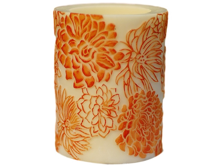 Свеча ChrysanthemumСвечи<br>Долгогорящая свеча из натурального воска, коллекция  Chrysanthemum, аромат Orange Freesia. Время горения 120 часов.<br><br>Material: Воск<br>Height см: 15<br>Diameter см: 11,5